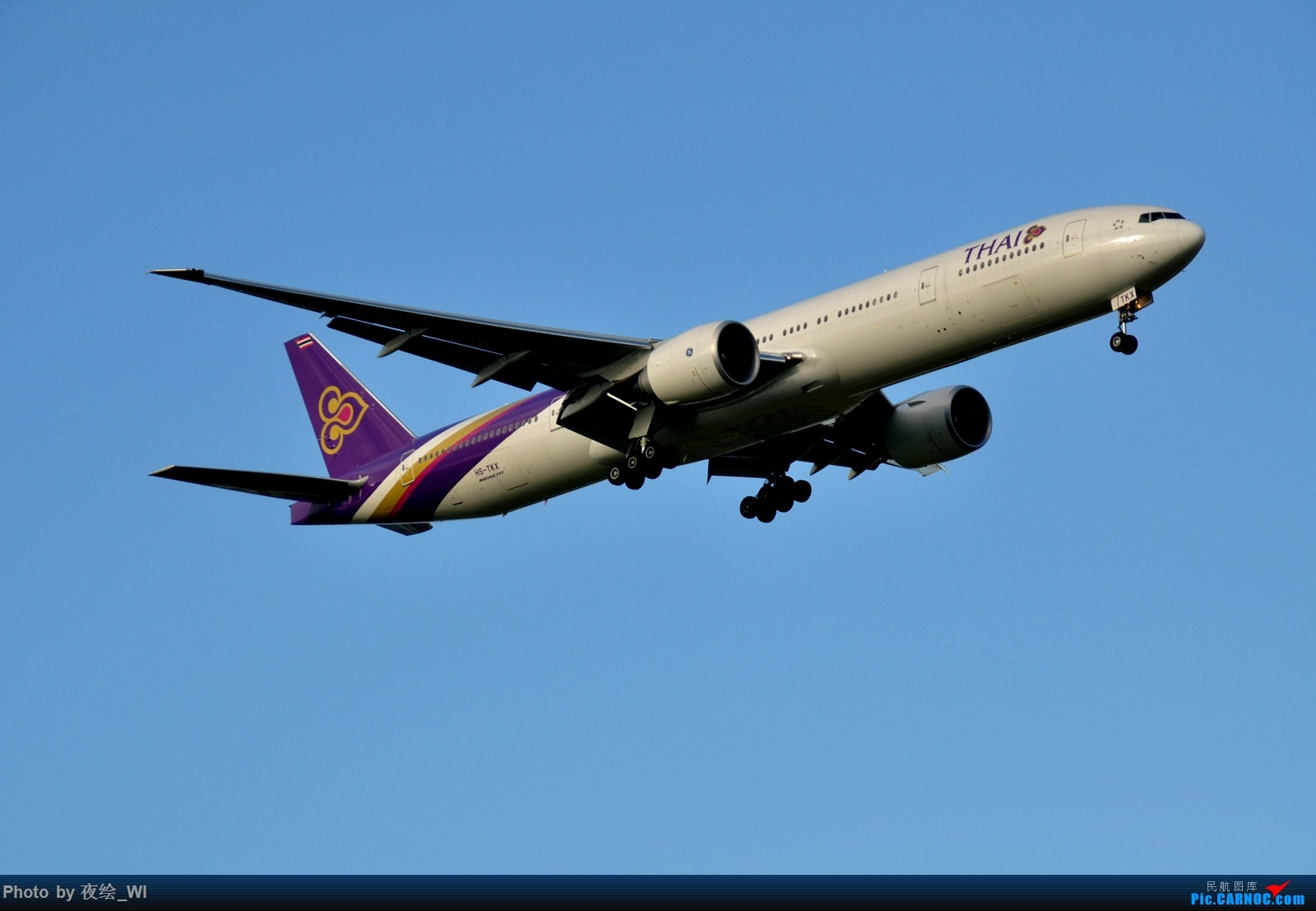 Re:[原创]【PVG】不只守着NKG,国庆疯狂拍机之浦东行,天空美得简直不像话! BOEING 777-300ER HS-TKX 中国上海浦东国际机场