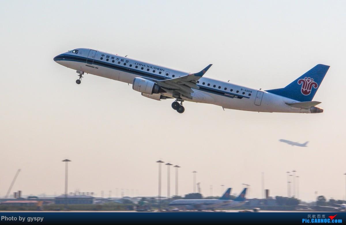 Re:[原创]新人早起白云西跑拍机!抓到汉莎MD11! EMBRAER E-190 B-3209 中国广州白云国际机场
