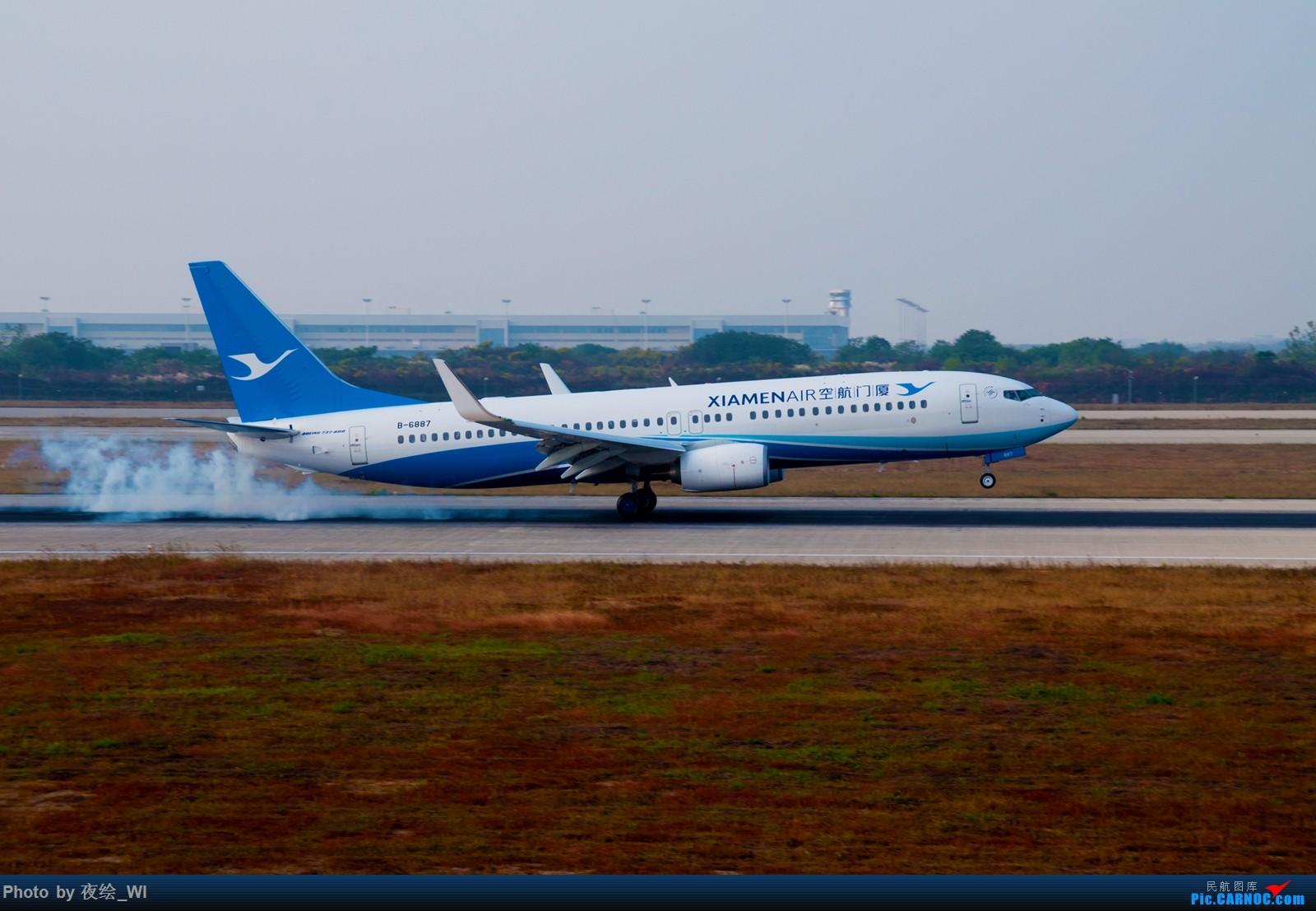 Re:[原创]【NKG】生日第二天就去拍机,日常练手+练后期,今天是胶片味 BOEING 737-800 B-6887 中国南京禄口国际机场