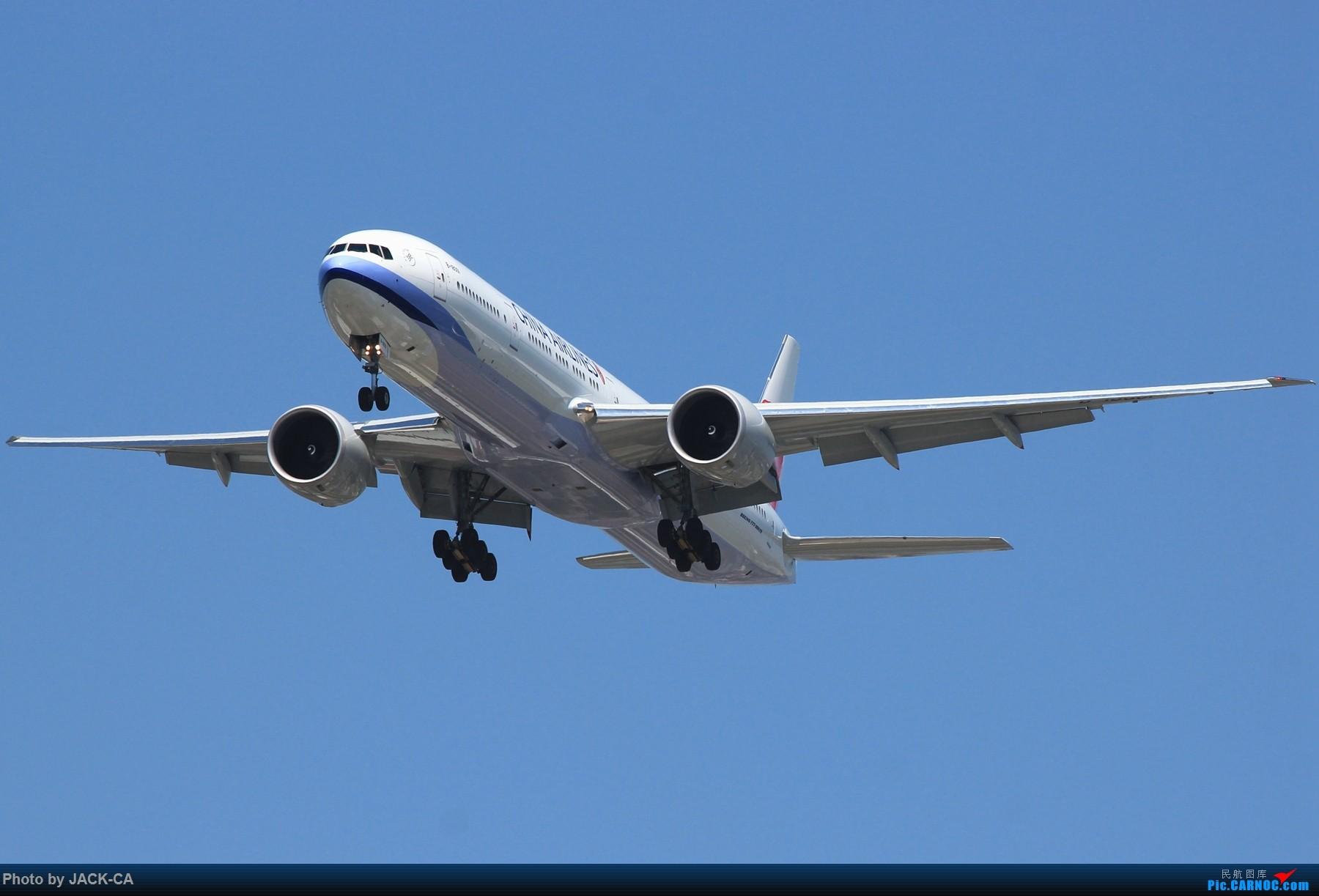 Re:[原创]NKG~头回拍华航77W BOEING 777-300ER B-18001 中国上海浦东国际机场