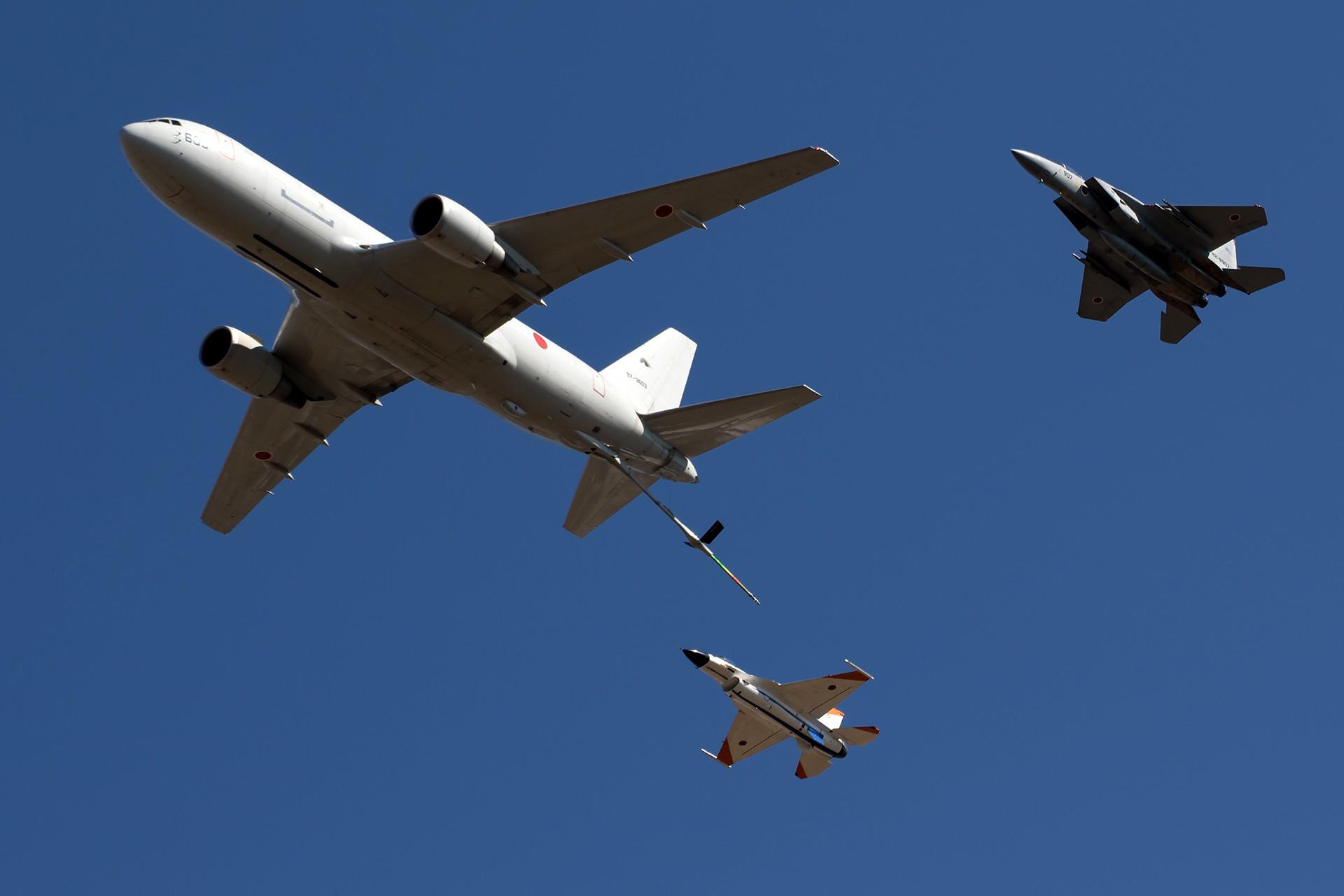 -767加油机空中飞行展示