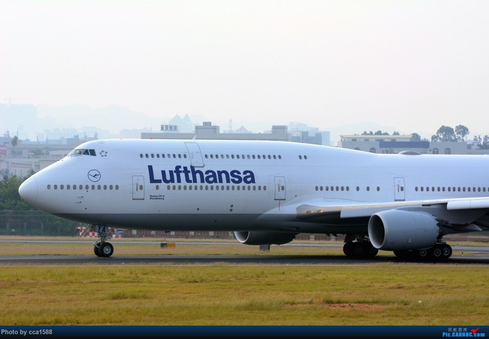 Re:[原创]【福州飞友会】首拍汉莎第一架747-8(厦门的拍机位置真心不好啊) BOEING 747-8I  厦门高崎机场