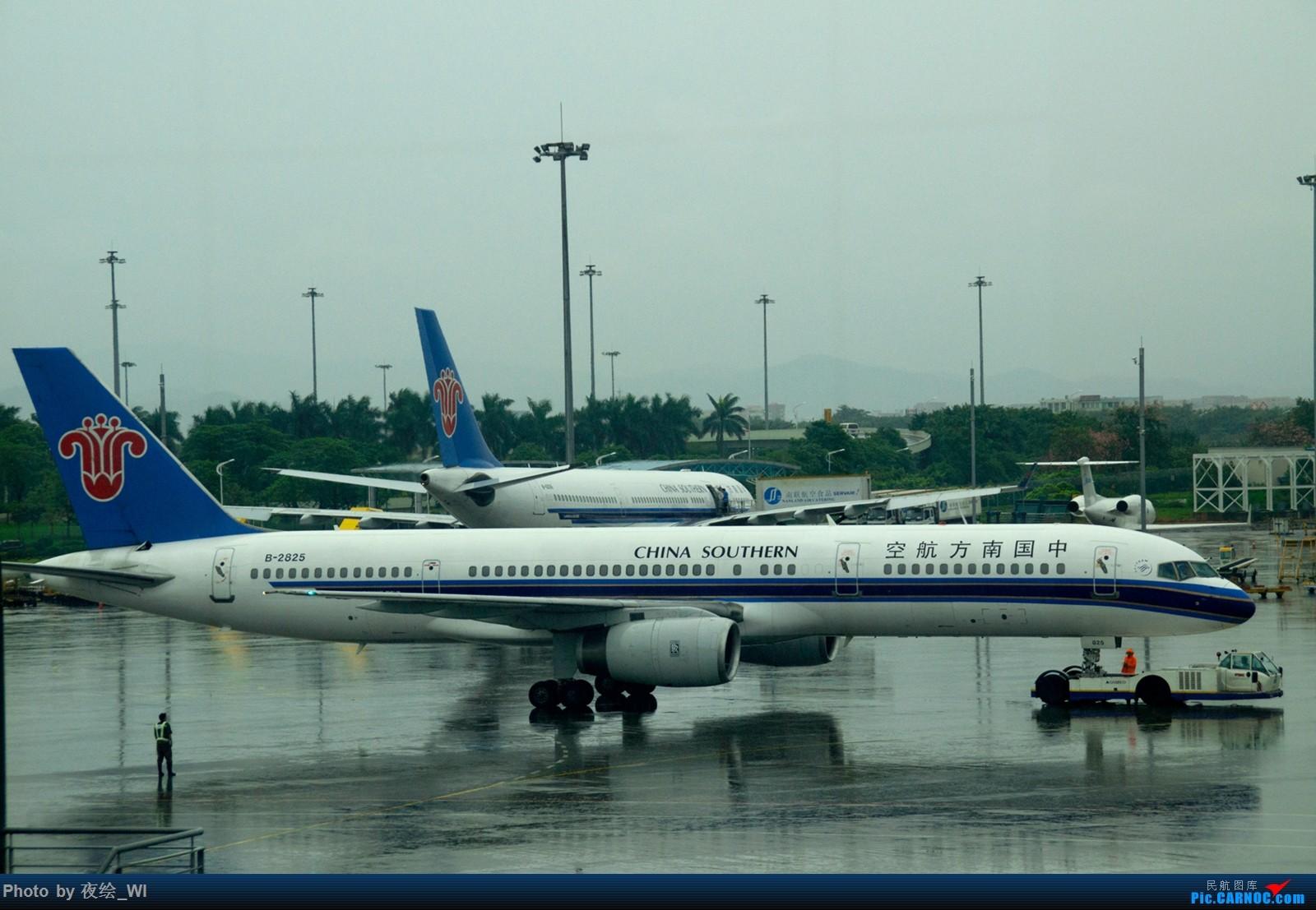 [原创]一图流,白云菜场偶遇南航757 BOEING 757-200 B-2825 中国广州白云国际机场