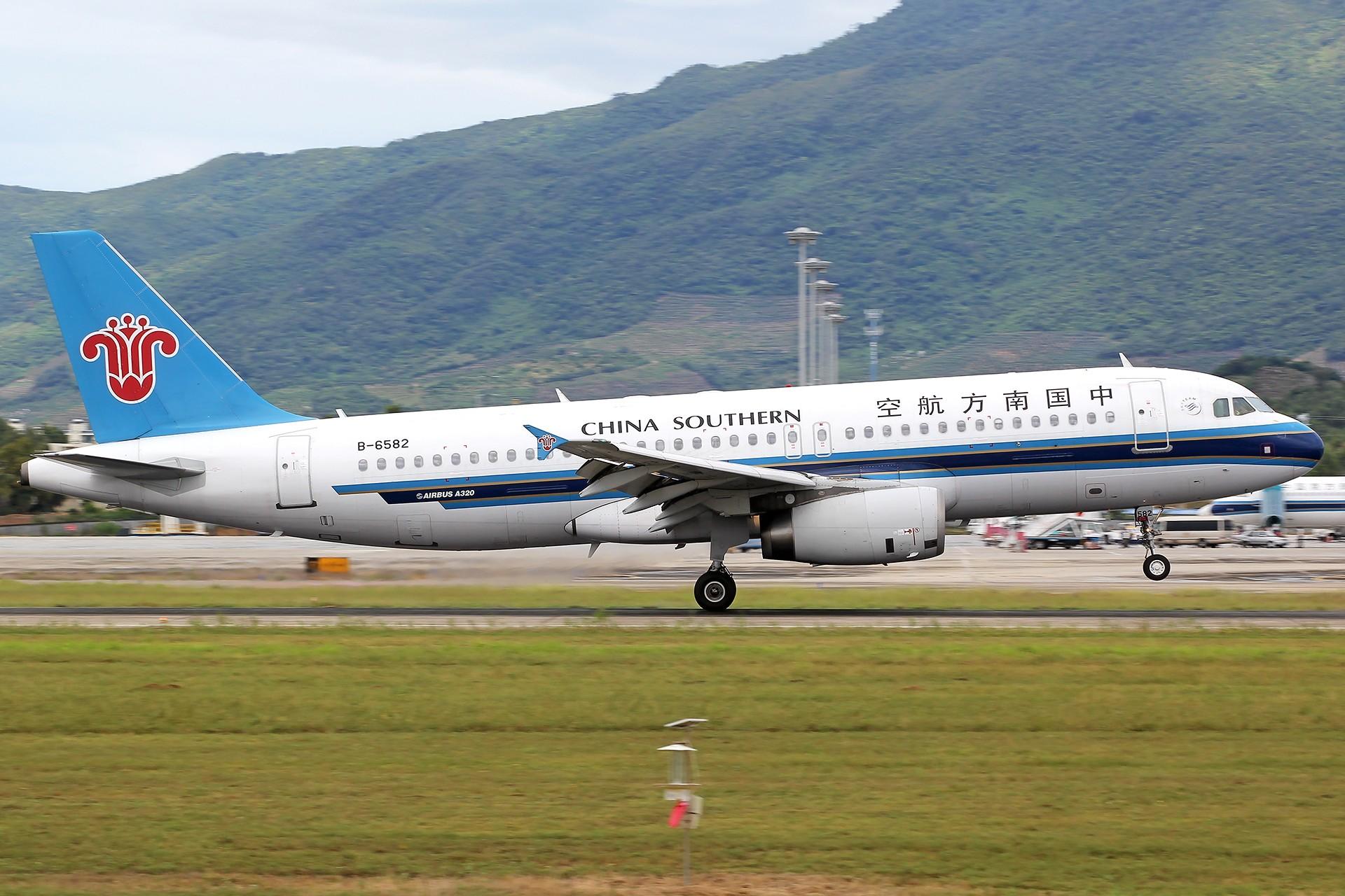 Re:[原创]。。。[SYX]北纬18°的三亚日记。。。 AIRBUS A320-200 B-6582 中国三亚凤凰国际机场