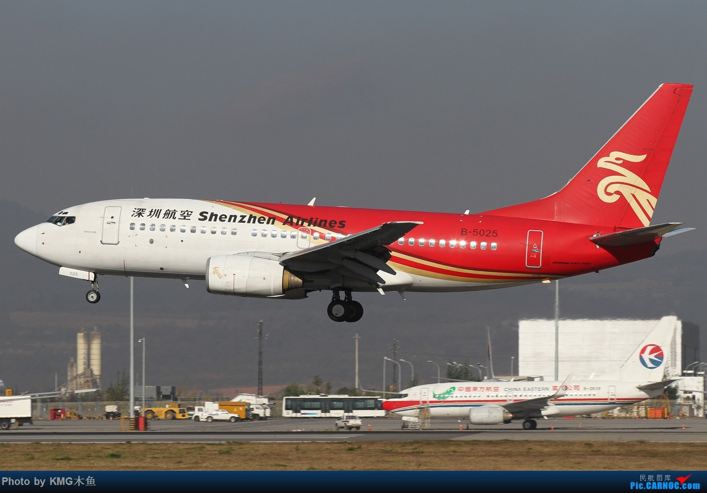 Re:[原创]【KMG昆明长水国际机场】好天气,拍到了好灰机,愉快的一天 BOEING 737-700 B-5025 中国昆明长水国际机场