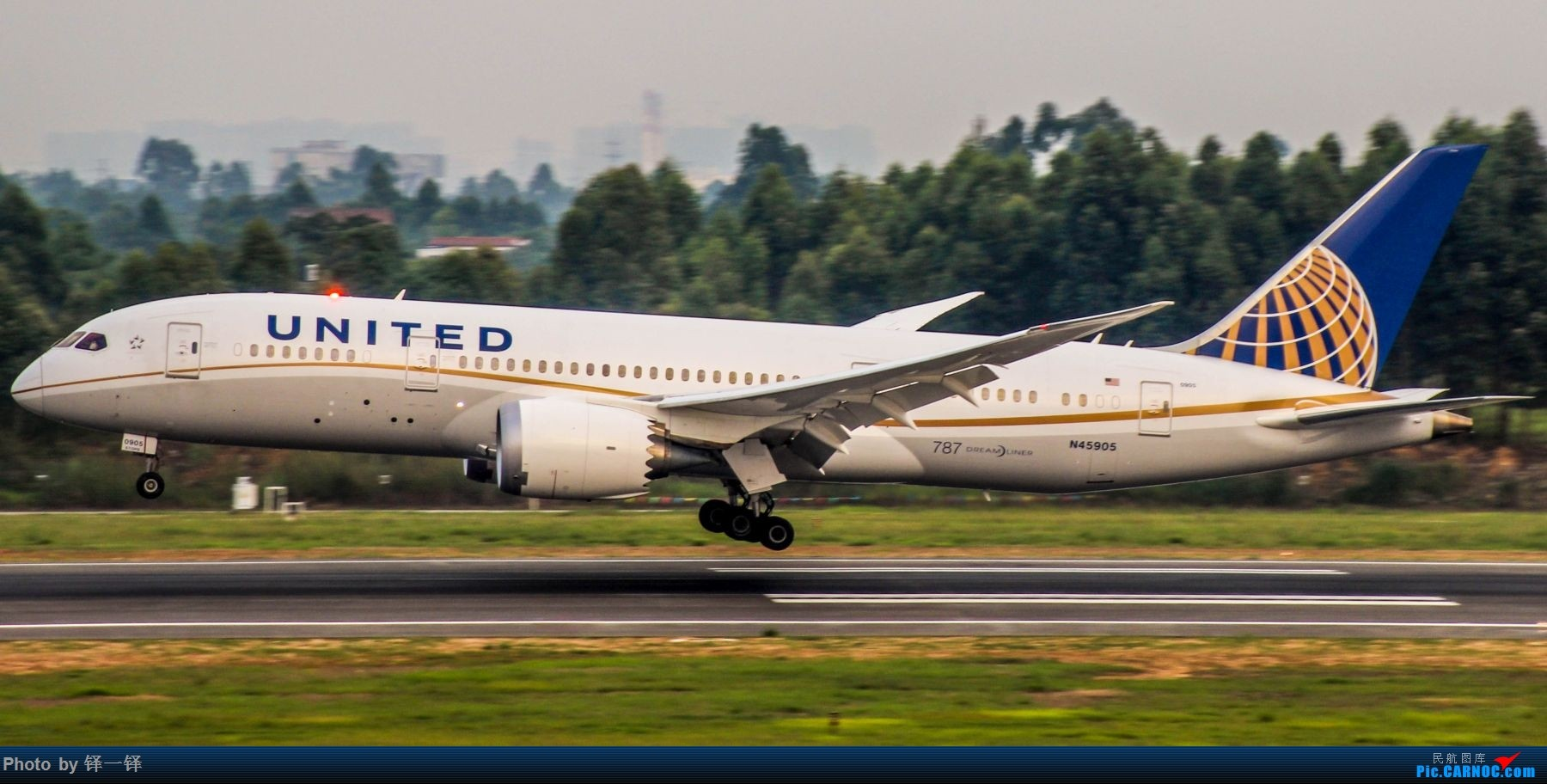 Re:[原创]【新人发帖】CTU拍机一年以来的收获。 BOEING 787-8 N45905 中国成都双流国际机场