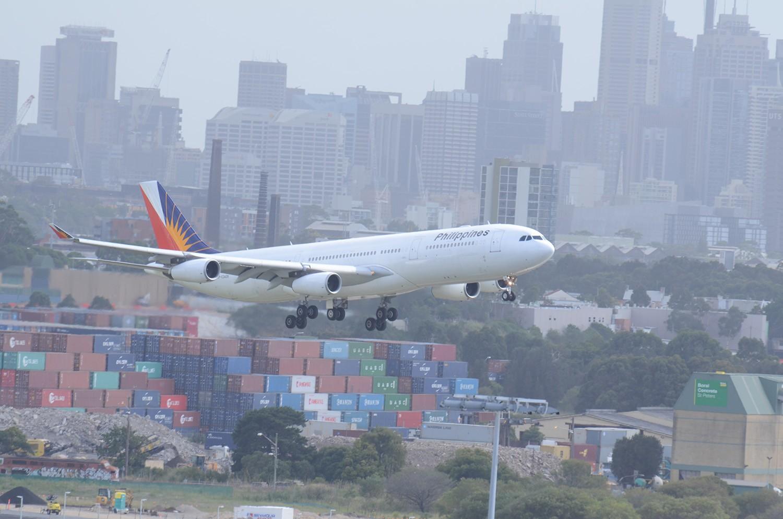 Re:[原创]迎接ANA R2D2 首航悉尼闲暇拍机一小时 A340 RP-CC3439 Sydney
