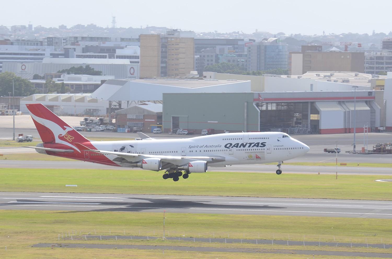 Re:[原创]迎接ANA R2D2 首航悉尼闲暇拍机一小时 B7474ER VH-OEJ Sydney
