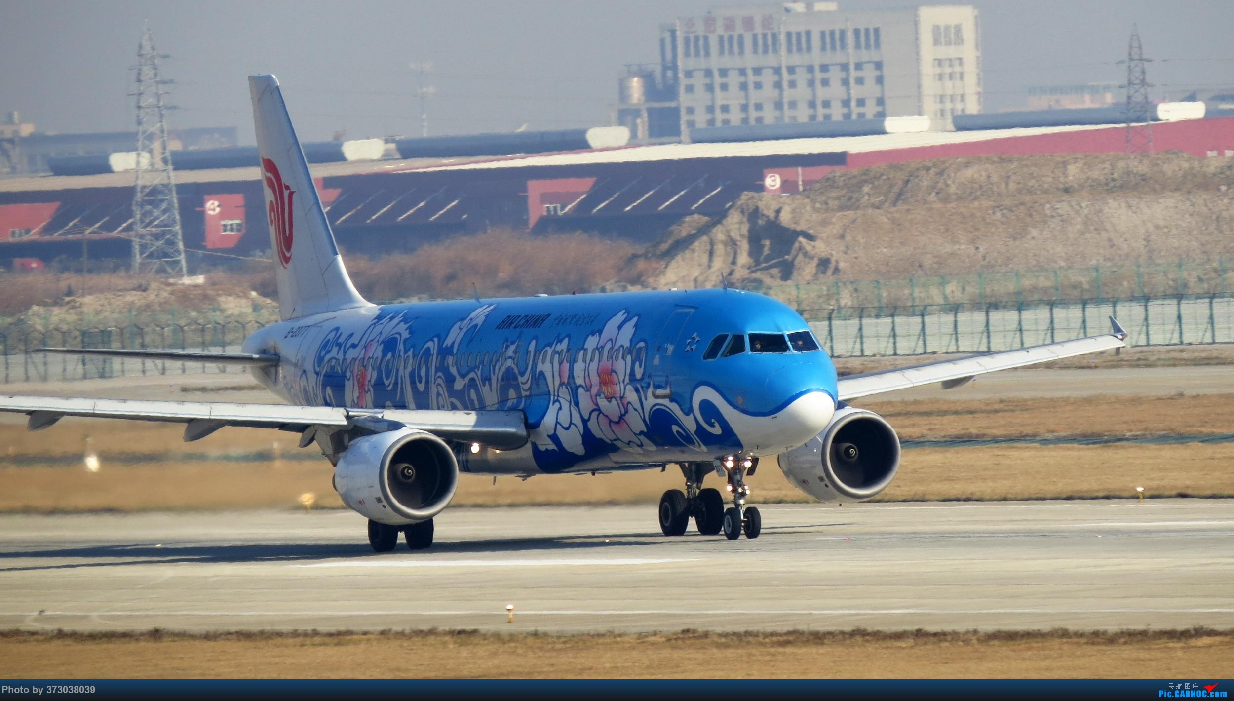 Re:[原创]【去年今天】杭州萧山国际机场 HGH 北跑道拍机 AIRBUS A320-200 B-2377 杭州萧山机场