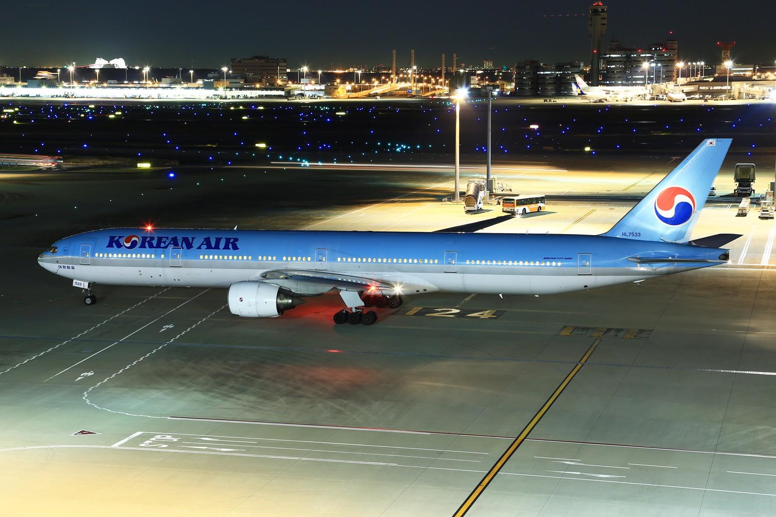 Re:[原创]【HND】******2016新年好,流窜羽田机场:全日空星战,汉莎1500th,以及一些大路货****** BOEING 777-300 HL7533 日本东京羽田国际机场
