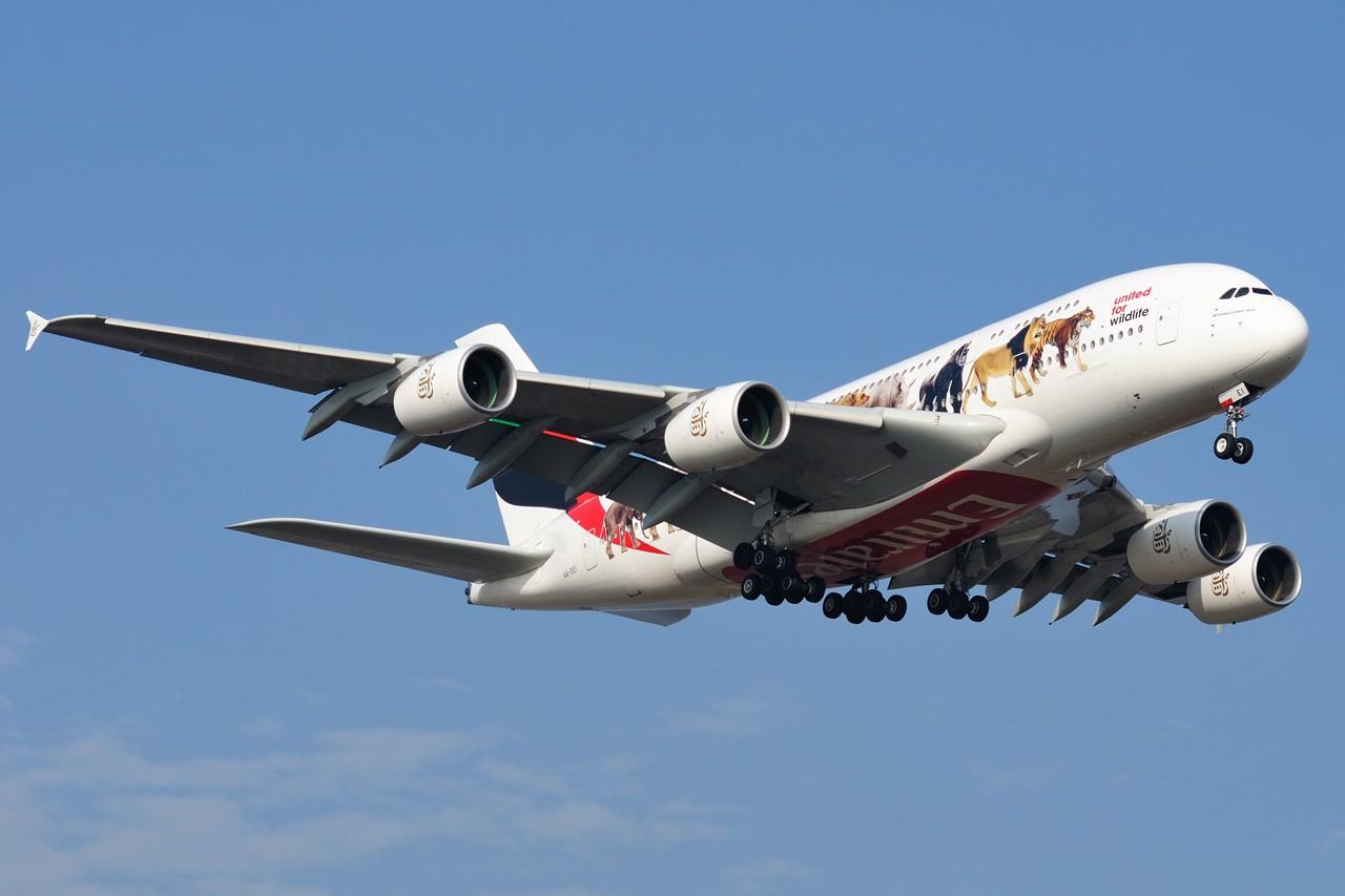 Re:[原创]2016年第一帖,希望2016年能够多拍机,拍好机~~~ AIRBUS A380-861 A6-EEI 中国上海浦东国际机场