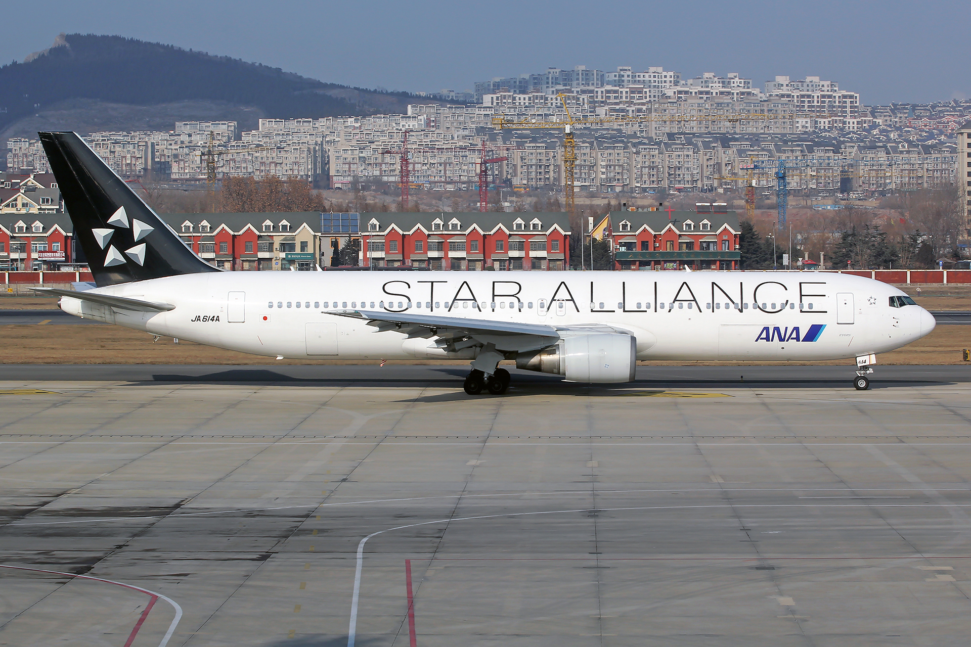 Re:[原创][DLC]。。。省略号吧,无标题。。。 BOEING 767-300ER JA614A 中国大连国际机场