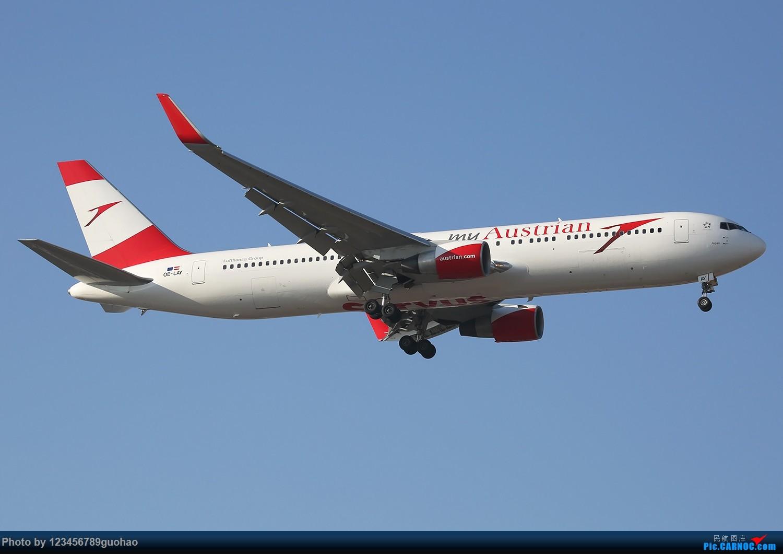 Re:[原创]杂图一批 BOEING 767-300 OE-LAY 北京首都机场