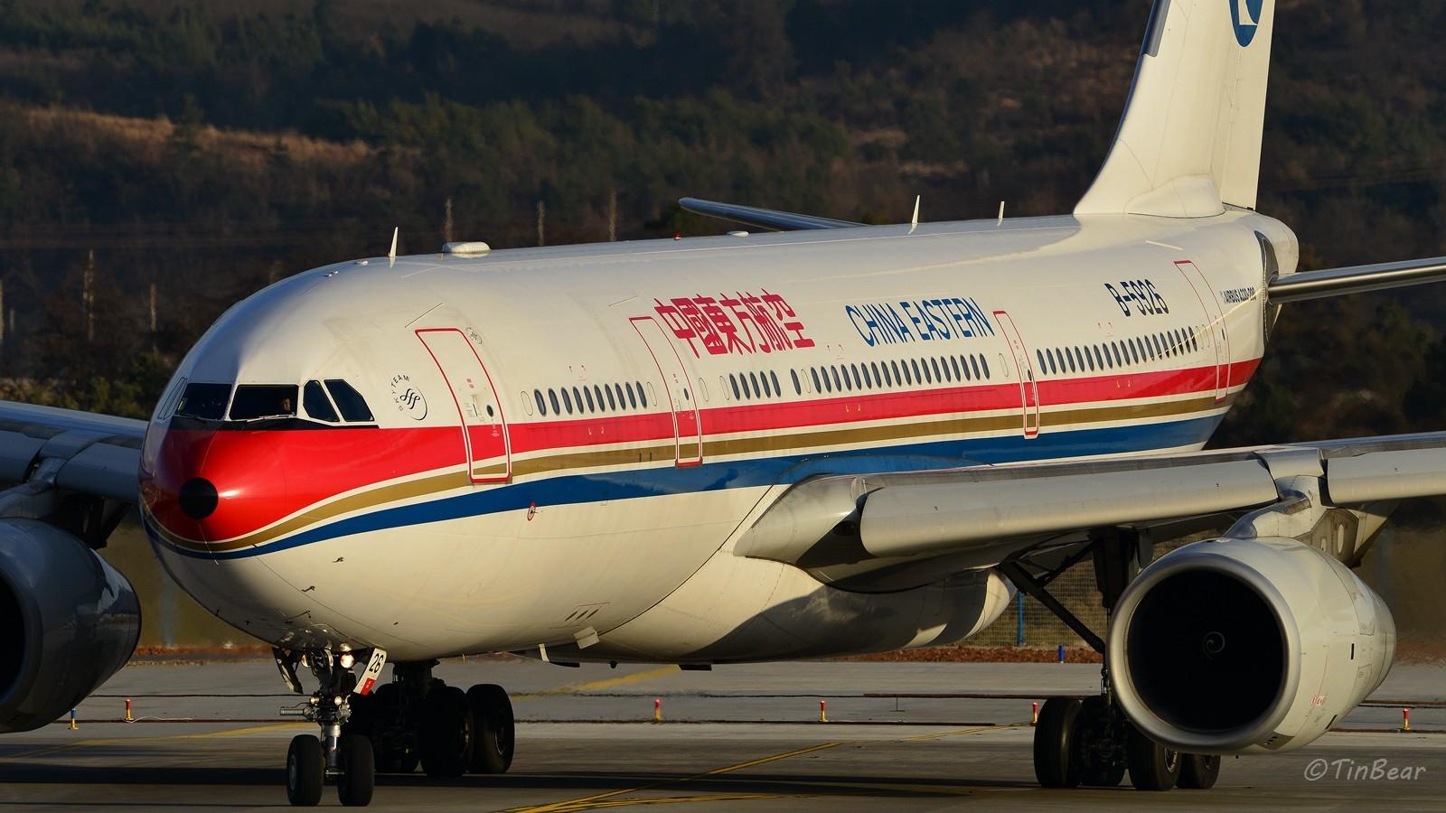[原创]【KMG】B-5926机身够宽,焦距够长。 AIRBUS A330-200 B-5926 中国昆明长水国际机场