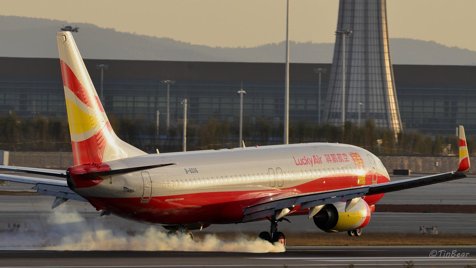 Re:[原创]【KMG】这烟,吸多了对肺不好,擦多了对轮胎不好 BOEING 737-800 B-6016 中国昆明长水国际机场