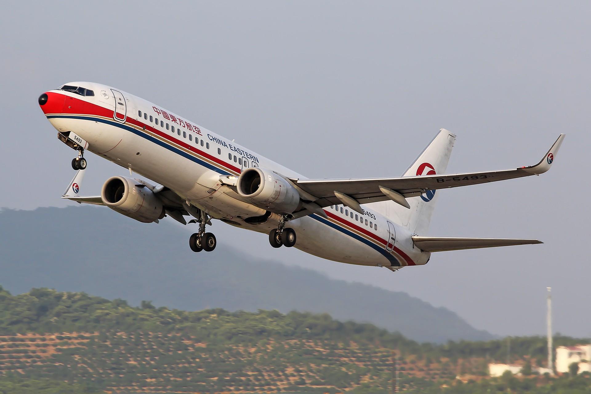 Re:[原创][DLC]。。。DLC & SYX。。。 BOEING 737-800 B-5493 中国三亚凤凰国际机场
