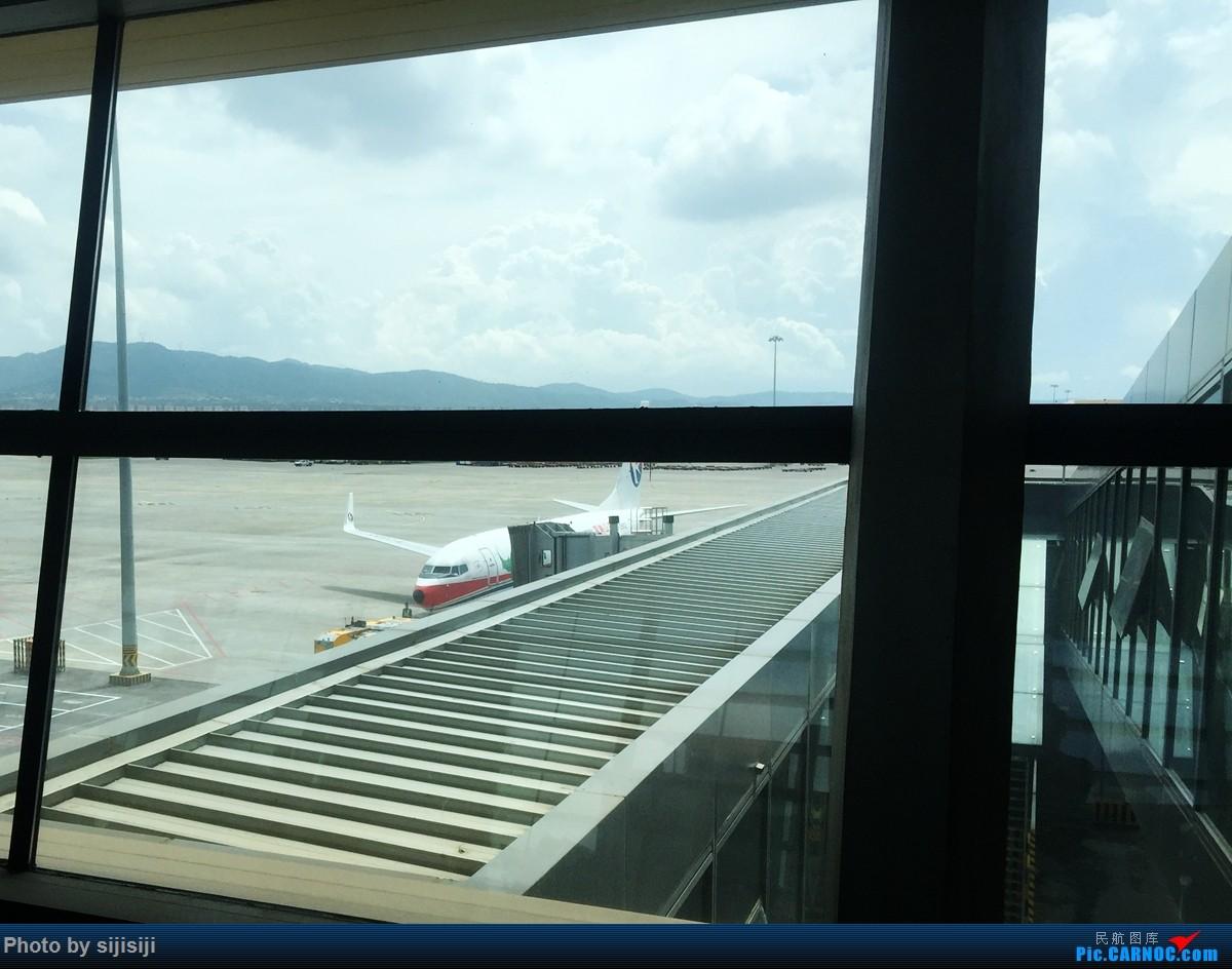 Re:[原创]【NNG飞友星星游记:打个飞的去腾冲】自然人文相媲美,风景如画令人醉,返程遭遇无理刁难,无奈造就人生首次误机 BOEING 737-700 B-5816 中国腾冲驼峰机场 中国昆明长水国际机场