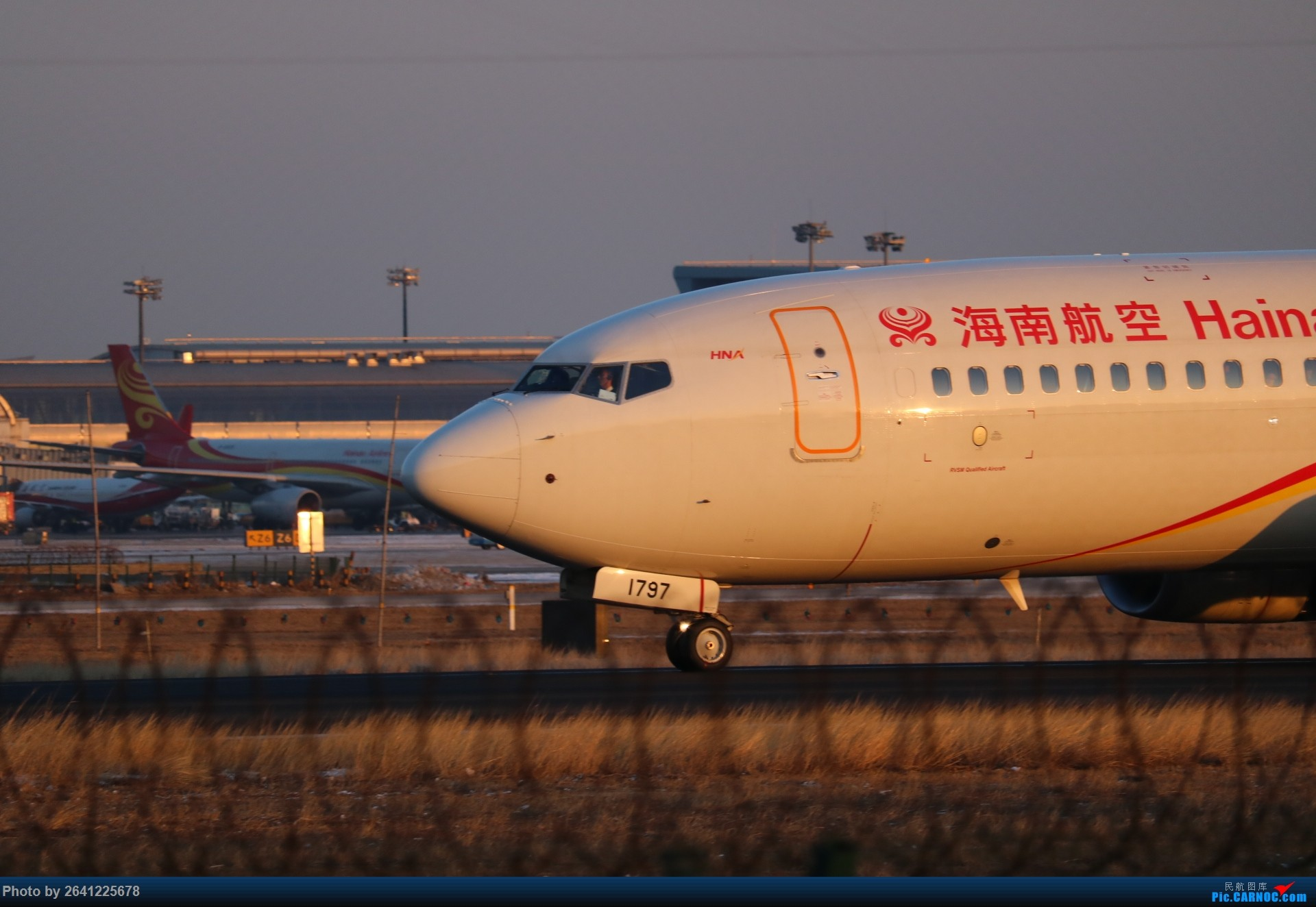 Re:[原创]pek寒风下的守候 BOEING 737-800 B-1797 中国北京首都国际机场