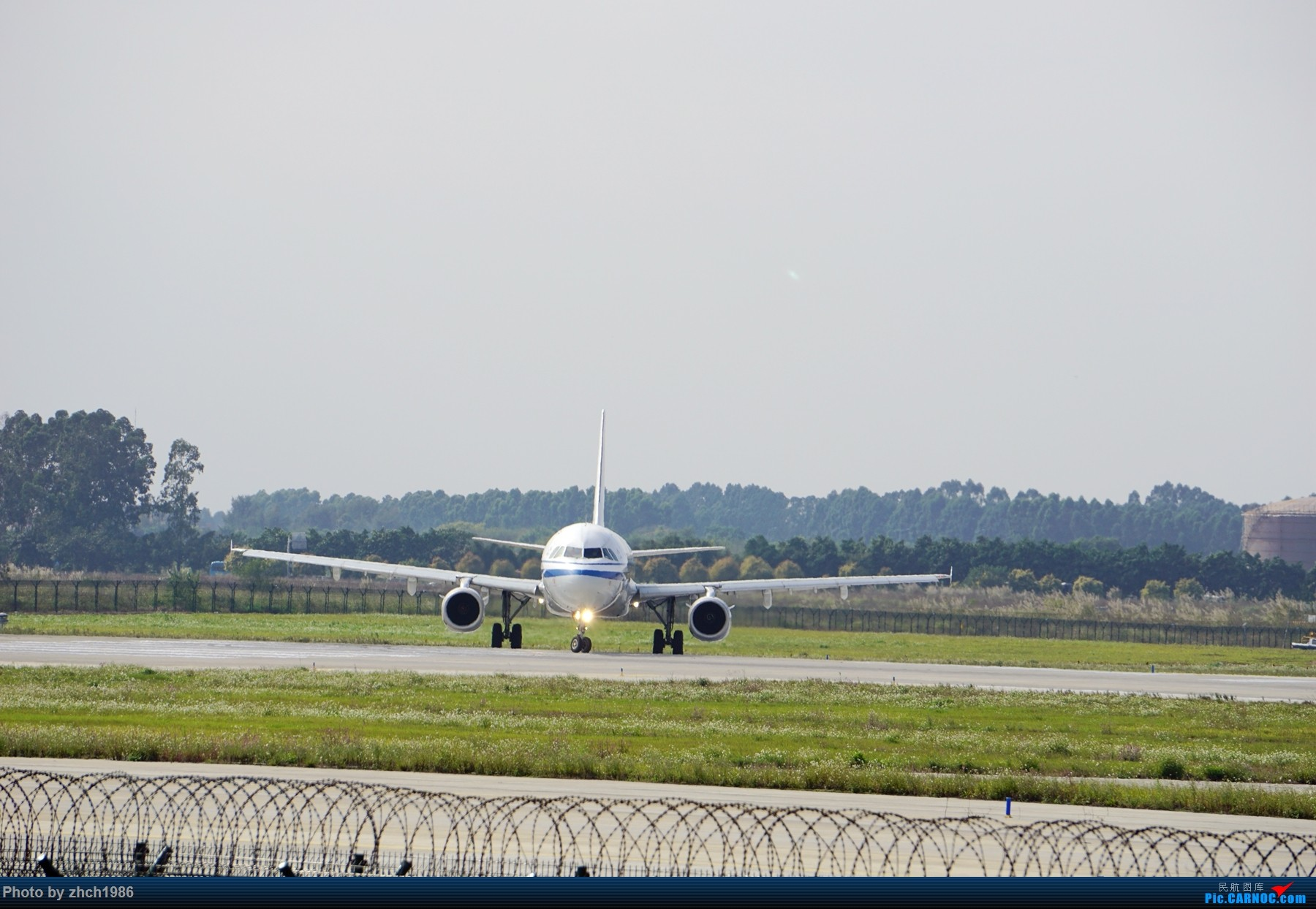 Re:[原创]【南充飞友会】CAN东二 一些起飞 一些降落 AIRBUS A321-200 B-6883 中国广州白云国际机场