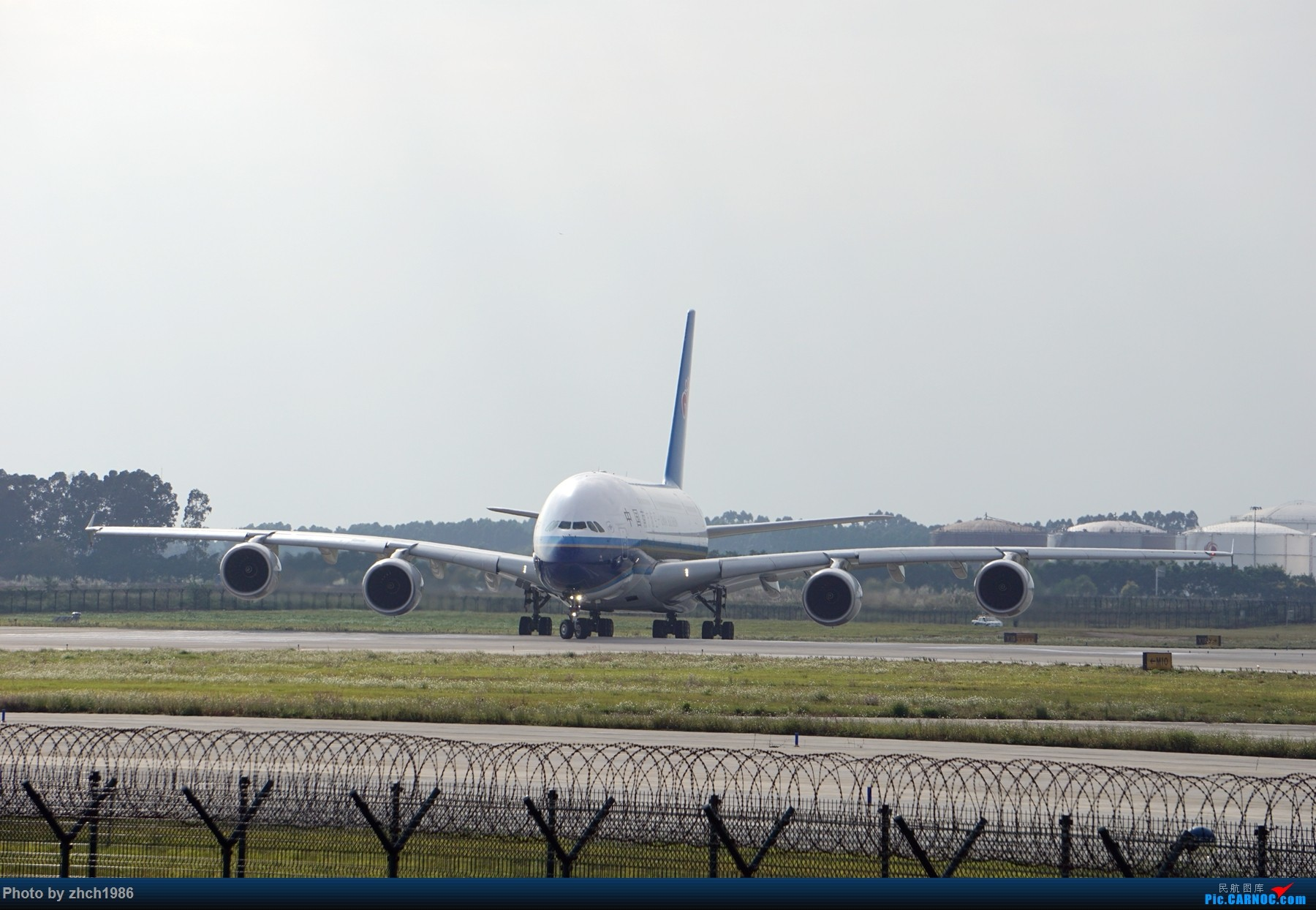 Re:[原创]【南充飞友会】CAN东二 一些起飞 一些降落 AIRBUS A380 B-6136 中国广州白云国际机场