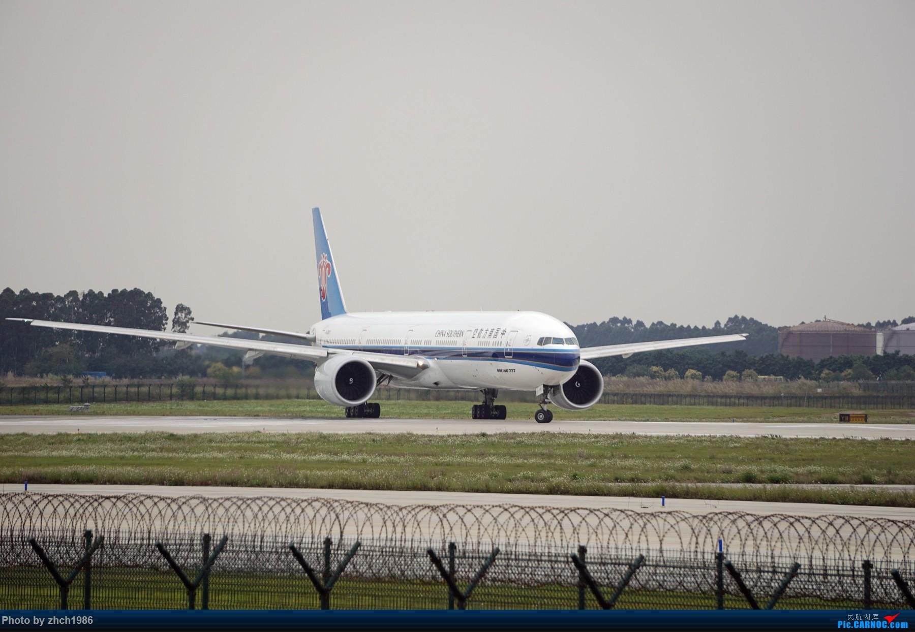 Re:[原创]【南充飞友会】CAN东二 一些起飞 一些降落 BOEING 777-300ER B-2007 中国广州白云国际机场
