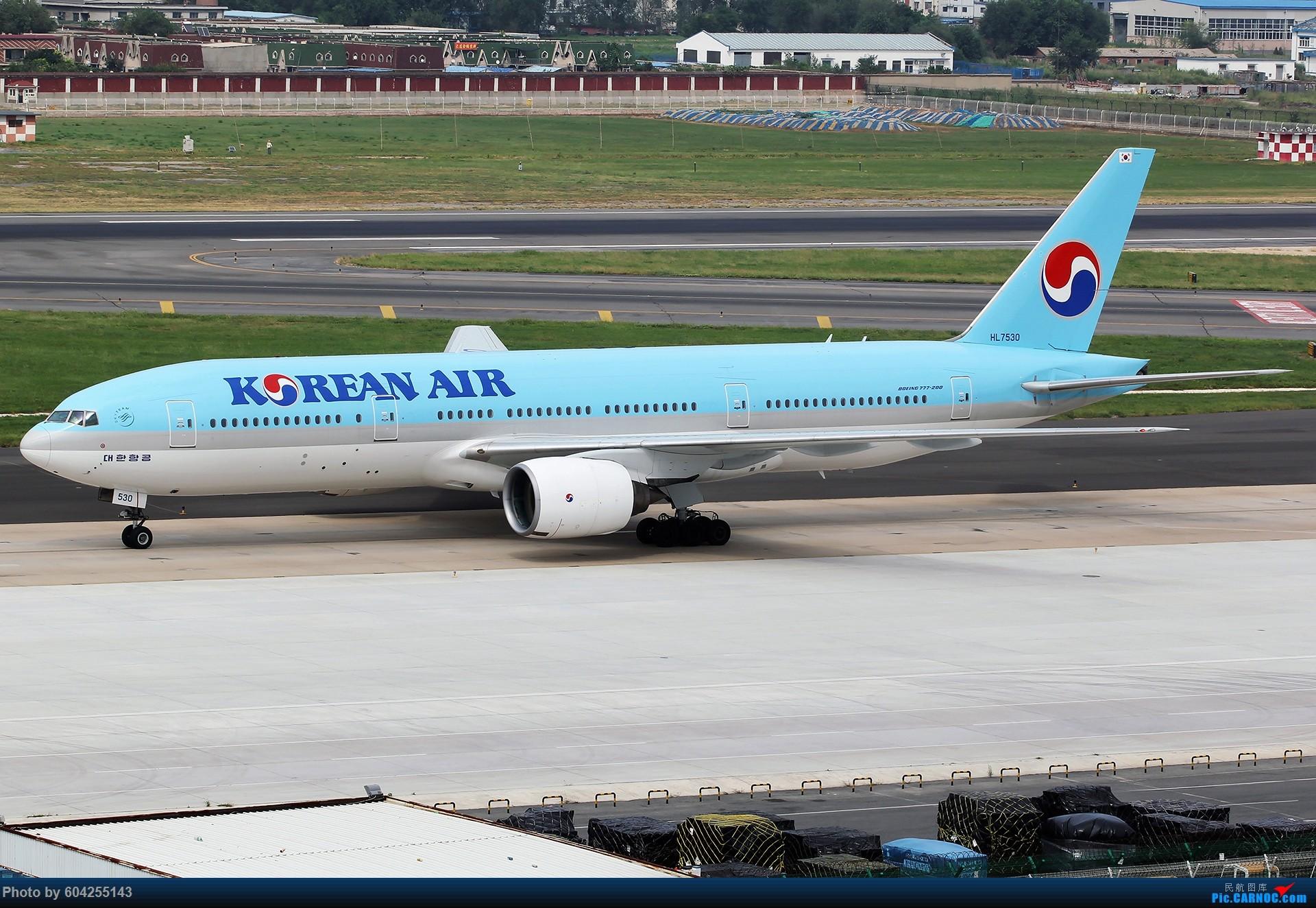 [原创][原创][DLC]。。。春夏秋冬。。。 BOEING 777-200 HL7530 中国大连国际机场