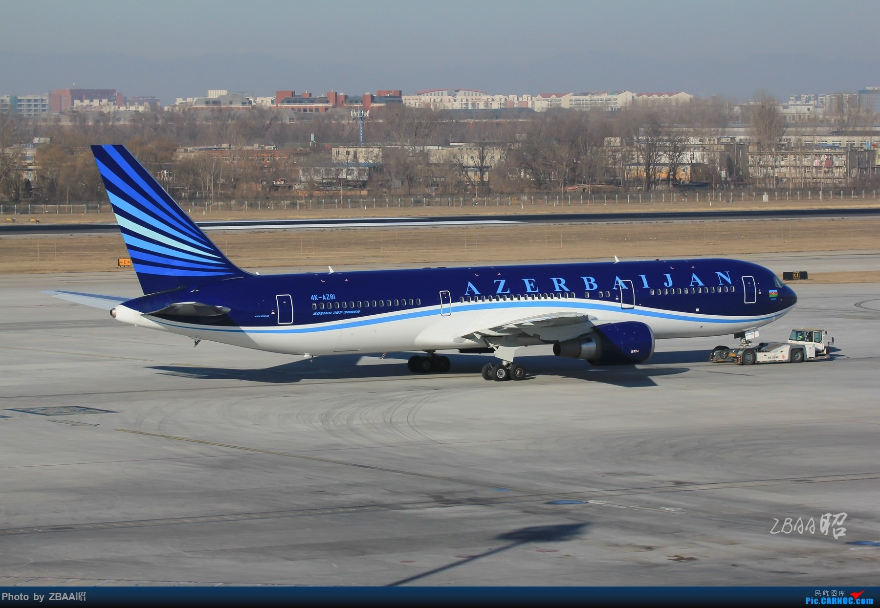 Re:[原创]飞友聚会后的独自疯狂,格林豪泰隔天怒打ZBAA 36L跑道,夜拍海航宽体机,寒风中坚守楼顶阵地 BOEING 767-300ER 4K-AZ81 中国北京首都国际机场