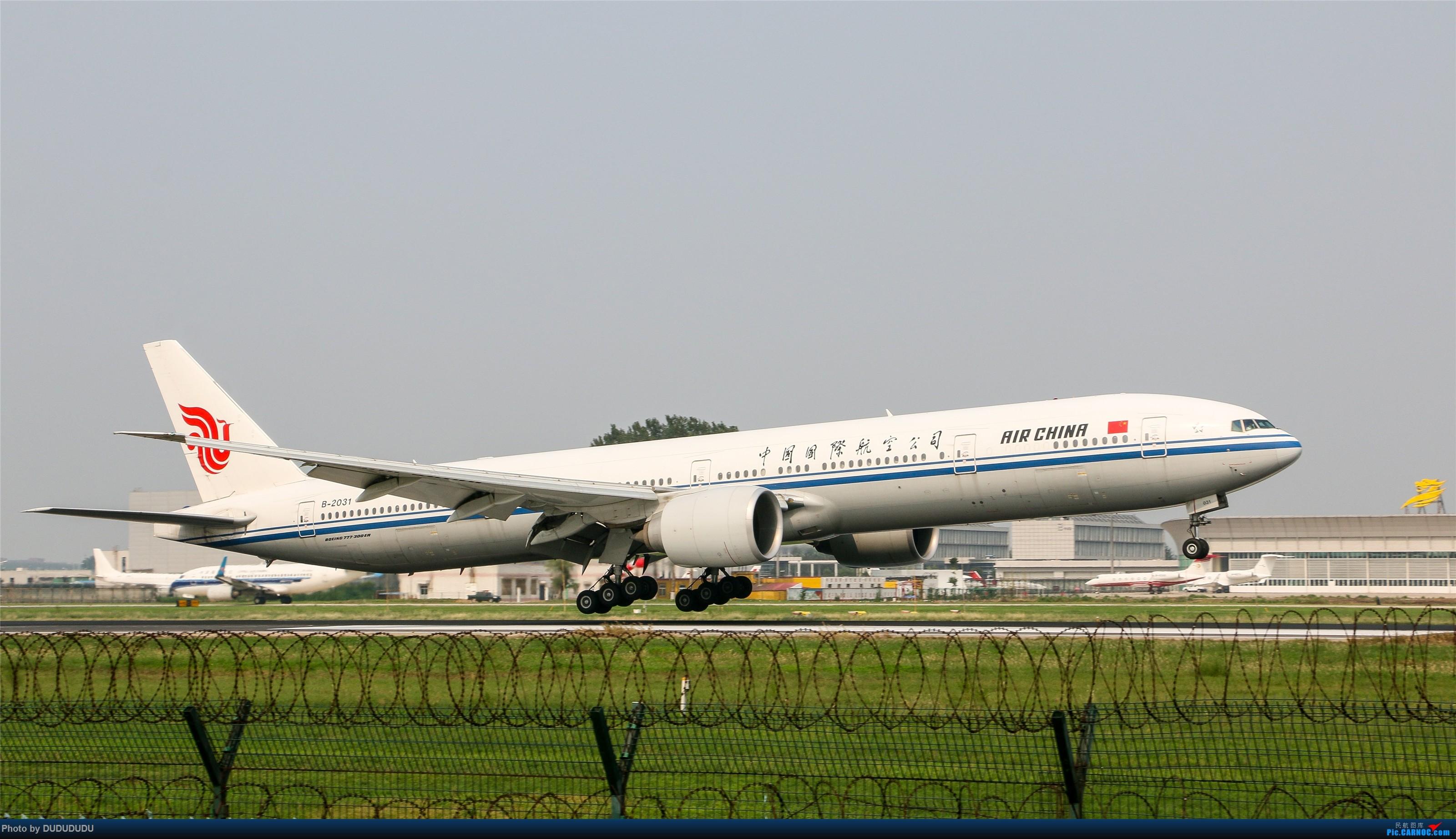 Re:[原创]【DUDUDUDU】从小白走来的这一年…… BOEING 777-300ER B-2031 中国北京首都国际机场