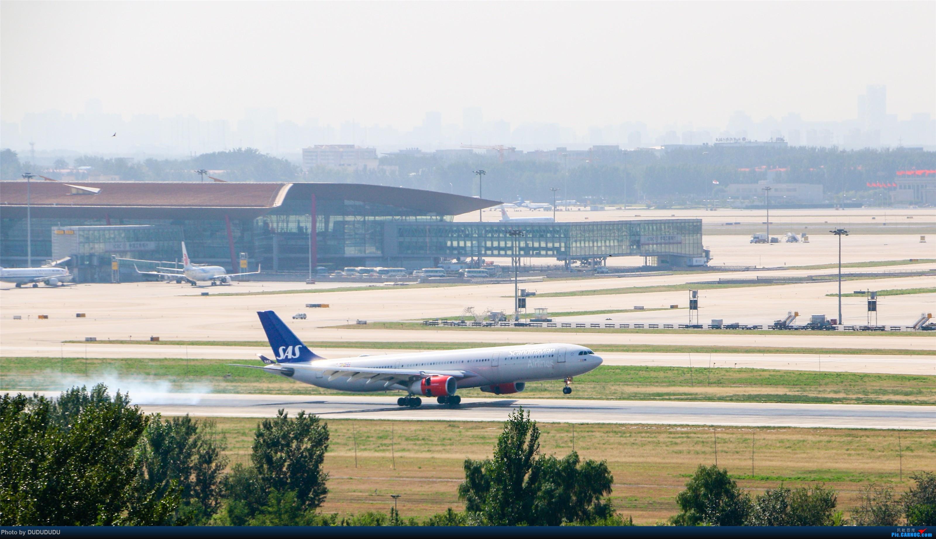 Re:[原创]【DUDUDUDU】从小白走来的这一年…… AIRBUS A330-300 LN-RKN 中国北京首都国际机场
