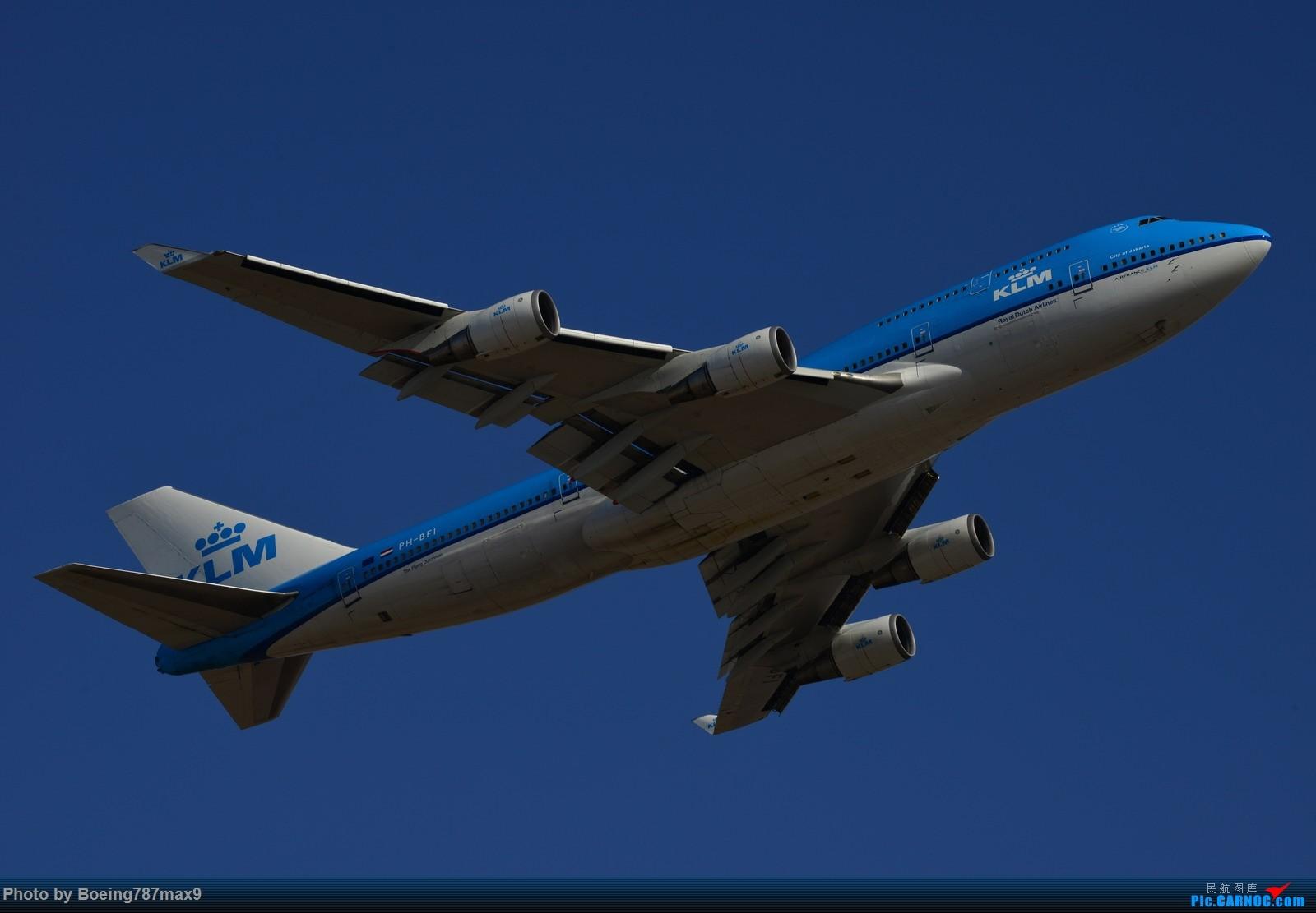 Re:[原创]【PEK】今日东停车场蹲点,好货一堆。KLM744、DELTA763、国航星空332、国航748、最重要的是朝鲜的图204、还有国航中法50年77W、汉莎346 BOEING 747-400 PH-BFI 中国北京首都国际机场