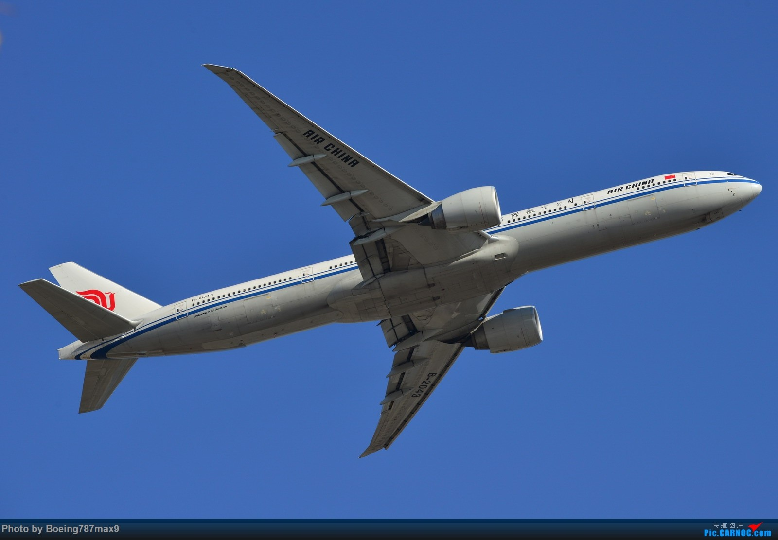 Re:[原创]【PEK】今日东停车场蹲点,好货一堆。KLM744、DELTA763、国航星空332、国航748、最重要的是朝鲜的图204、还有国航中法50年77W、汉莎346 BOEING 777-300ER B-2043 中国北京首都国际机场