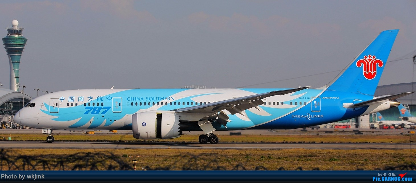 Re:[原创]广州拍即之旅 BOEING 787-8 B-2726 中国广州白云国际机场