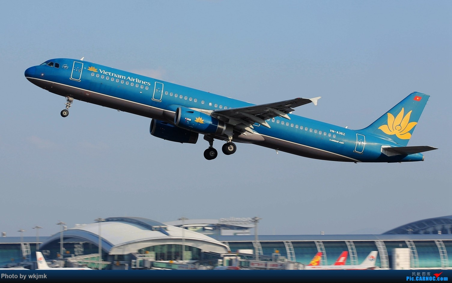 Re:[原创]广州拍即之旅 AIRBUS A321 VN-A362 中国广州白云国际机场