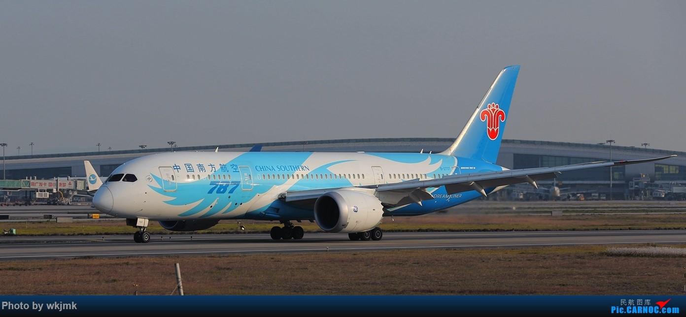 Re:[原创]广州拍即之旅 BOEING 787-8 B-2737 中国广州白云国际机场