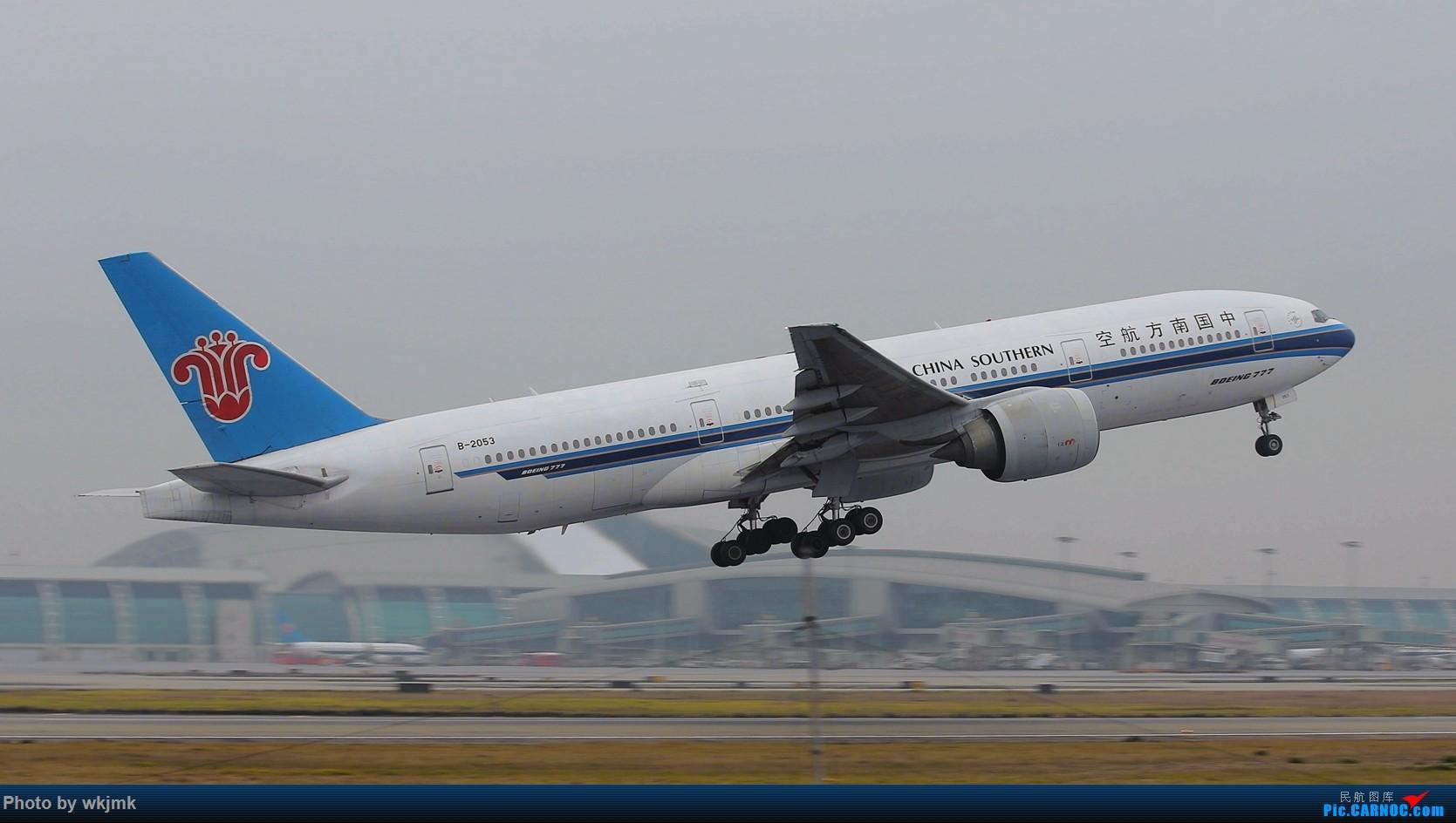 Re:[原创]广州拍即之旅 BOEING 777-200 B-2053 中国广州白云国际机场