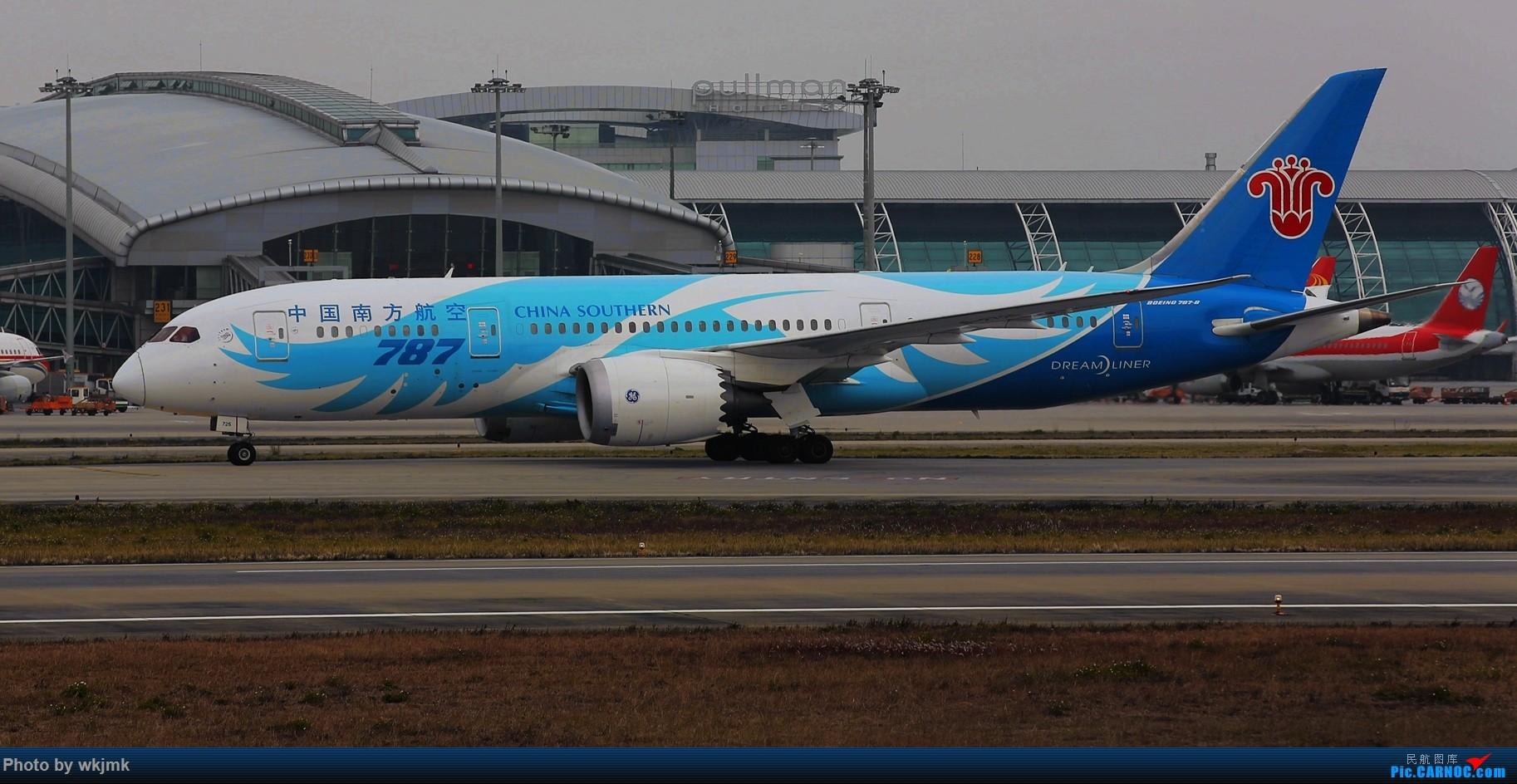 Re:[原创]广州拍即之旅 BOEING 787-8 B-2725 中国广州白云国际机场