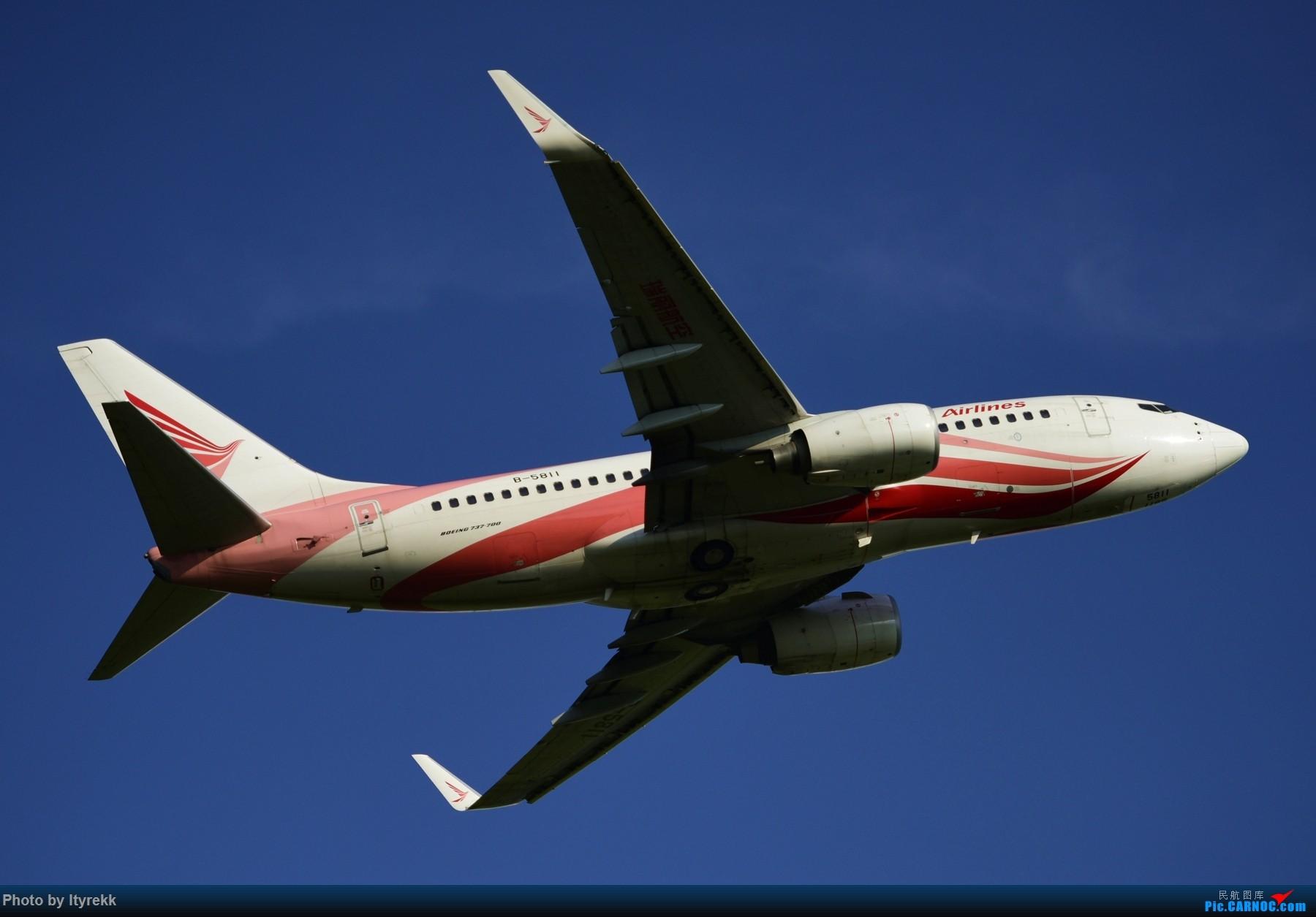 Re:[原创]闲了好长时间,挖挖库存冒个泡 BOEING 737-700 B-5811 中国芒市机场