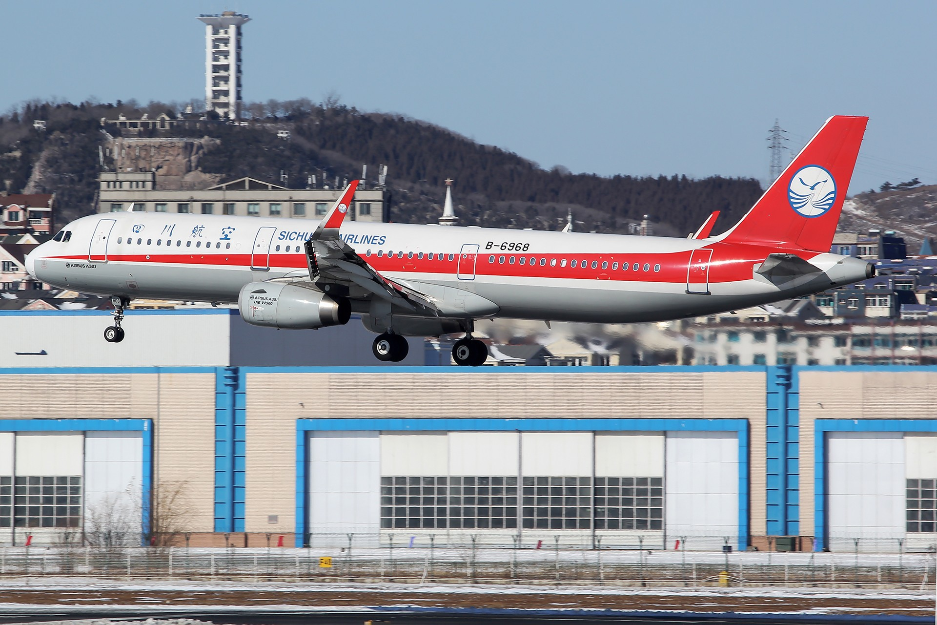 Re:[原创][DLC]。。。雪后天真就这么蓝。。。 AIRBUS A321-200 B-6968 中国大连国际机场