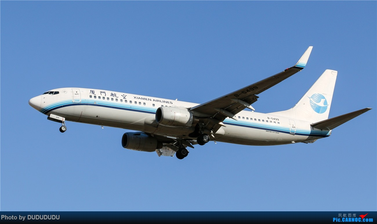 Re:[原创]【DUDUDUDU】年前年后,蓝天下的PEK BOEING 737-800 B-5499 中国北京首都国际机场