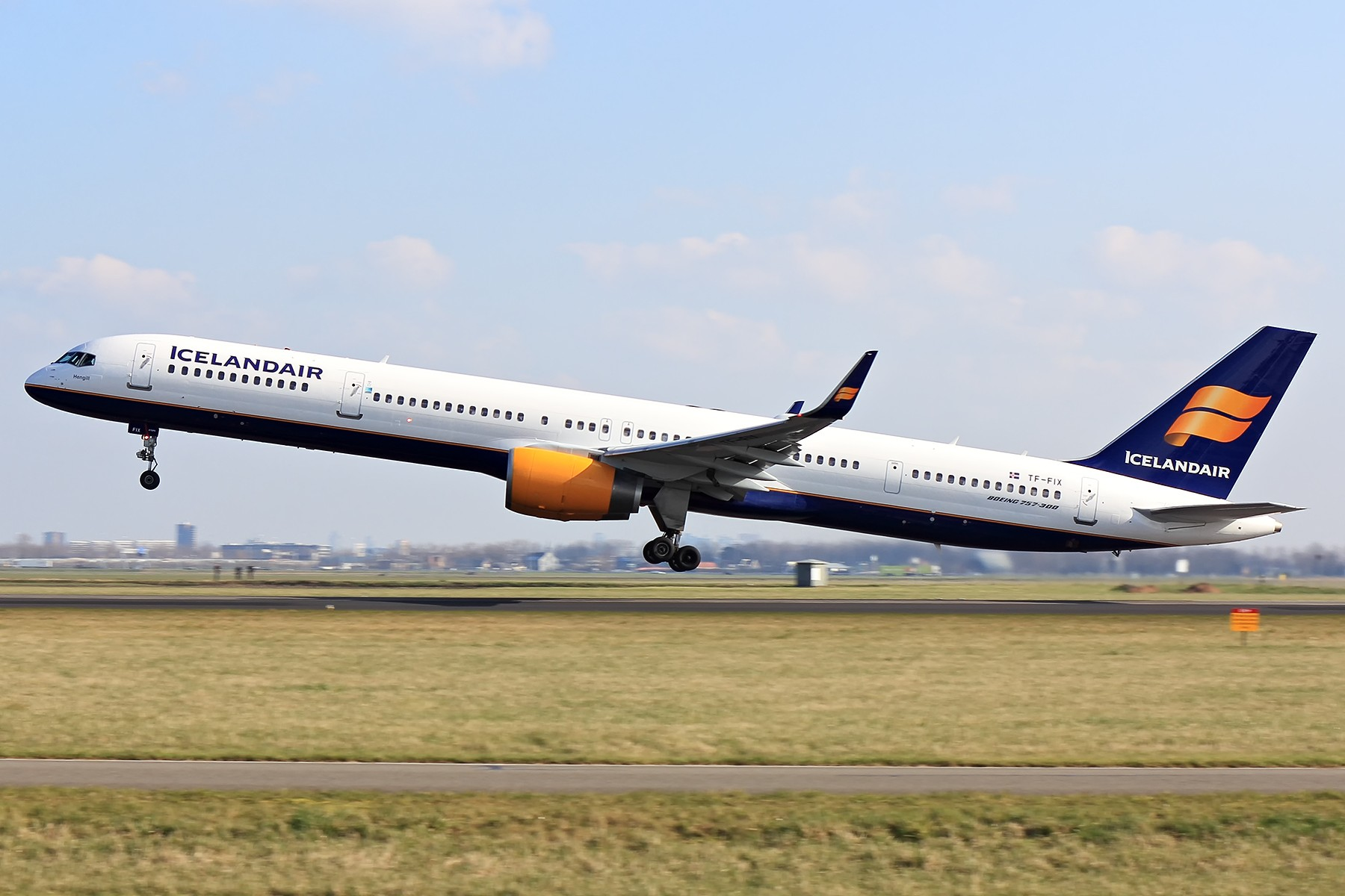 Re:[原创]【AMS】美男子和蔡国庆 BOEING 757-300 TF-FIX 荷兰阿姆斯特丹史基浦机场