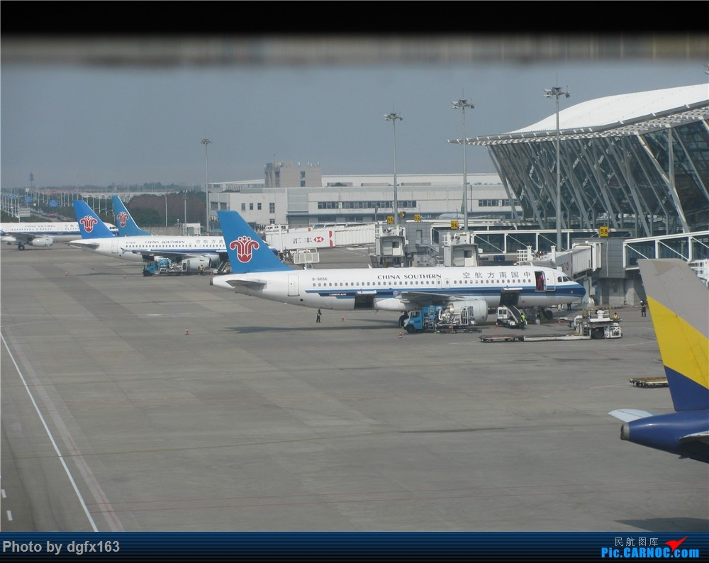 Re:[原创]【dgfx163的游记(9)】春秋航空 A320-200 9C8591 上海PVG-大连DLC 首次选择国内廉价航空,空铁联运回家喽!膜拜大春哥推出的空铁联运 AIRBUS A320-200 B-6656 中国上海浦东国际机场