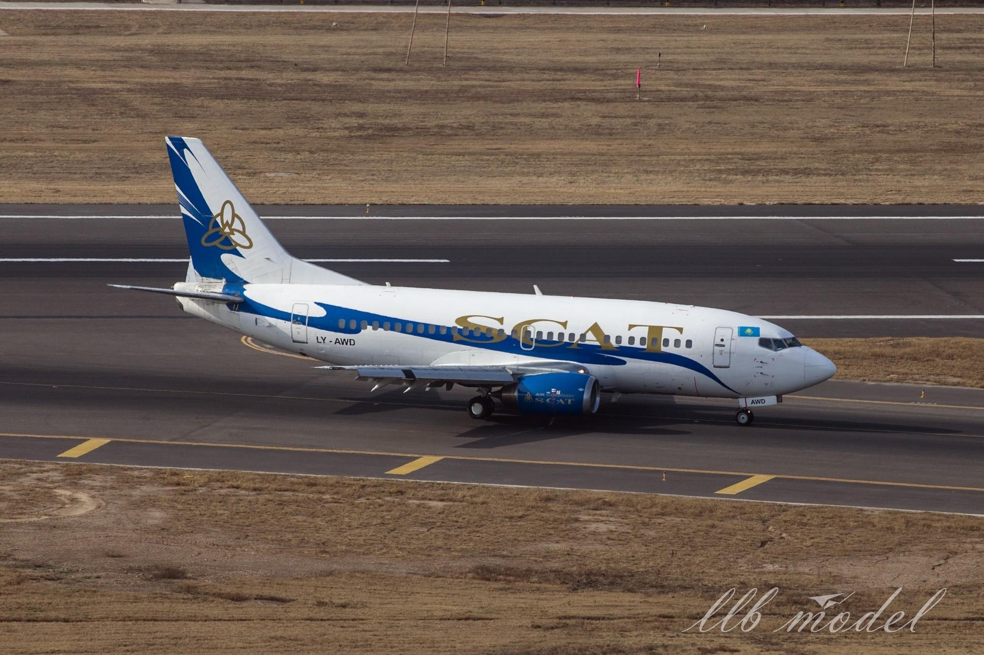 [原创]XIY——SCAT首航西安 BOEING 737-500 LY-AWD 中国西安咸阳国际机场