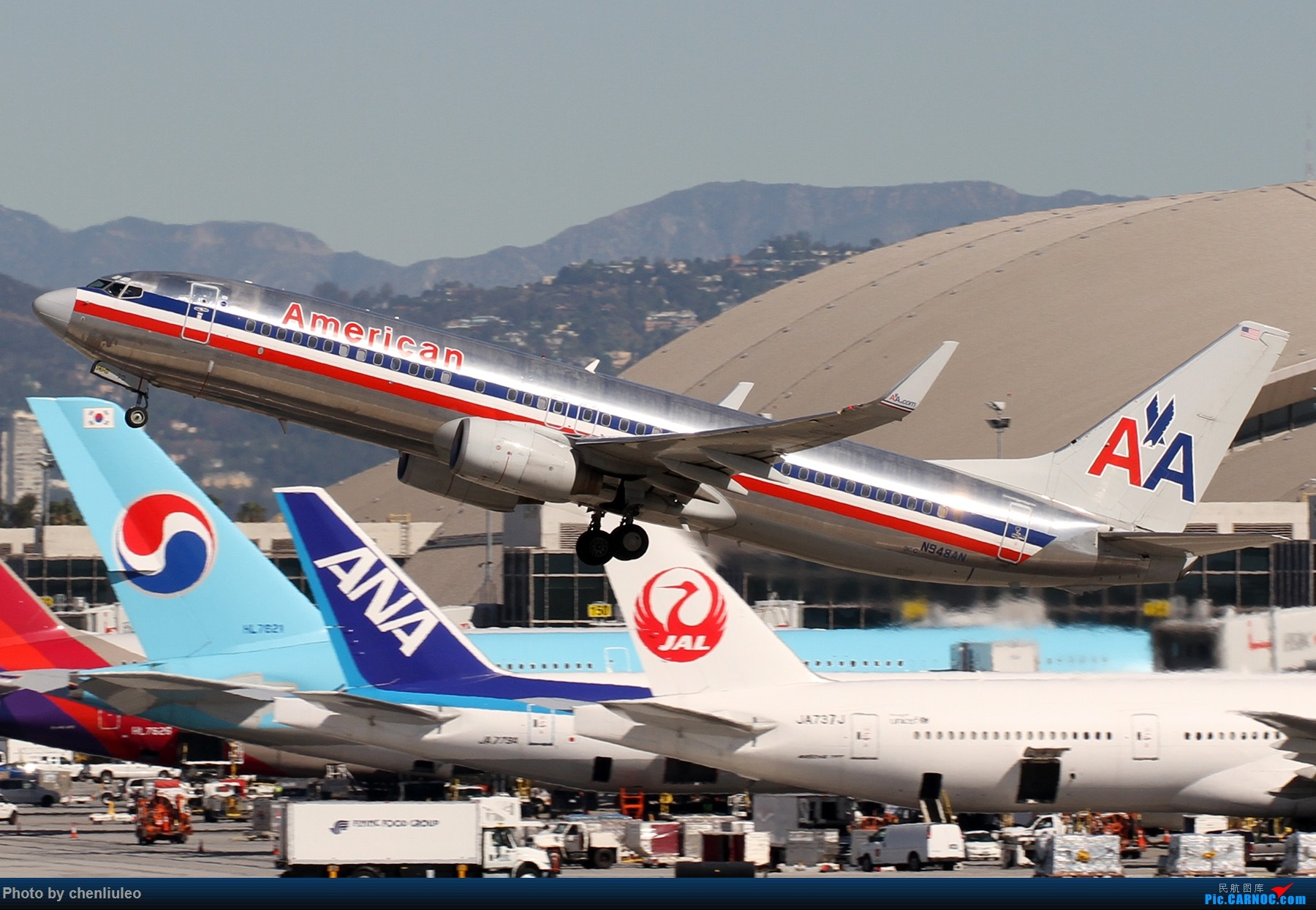 Re:[原创]【北美飞友会】LAX带地景起飞一组 BOEING 737-800 N948AN 美国洛杉矶机场