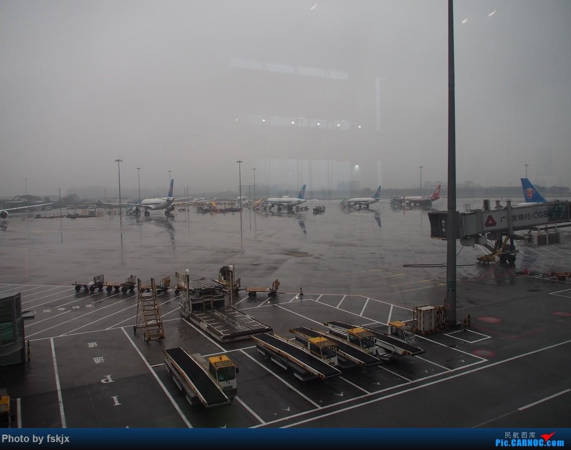 【fskjx的飞行游记☆28】重走14年前的足迹·长沙岳阳 AIRBUS A320-200 B-1653 中国广州白云国际机场 中国广州白云国际机场