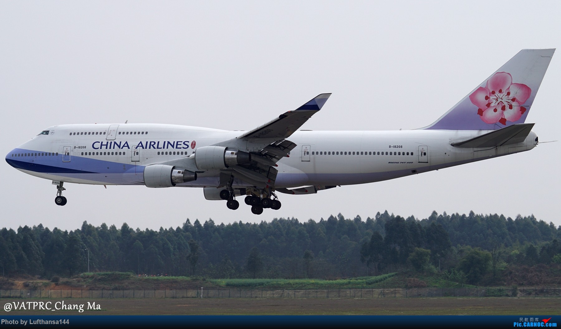 Re:[原创]CTU周末拍机小结 BOEING 747-400 B-18208 中国成都双流国际机场