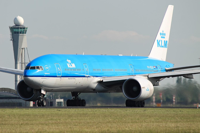 Re:[原创]【AMS】777冷饭两张 BOEING 777-200ER PH-BQE 荷兰阿姆斯特丹史基浦机场
