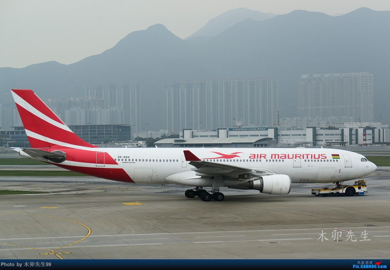 Re:【木卯先生99】——001香港拍机——陆续发一些我的第一次拍摄到的新飞机,供大家欣赏,欢迎您常来看看(陆续添加) AIRBUS A330-200 3B-NBM 香港国际机场