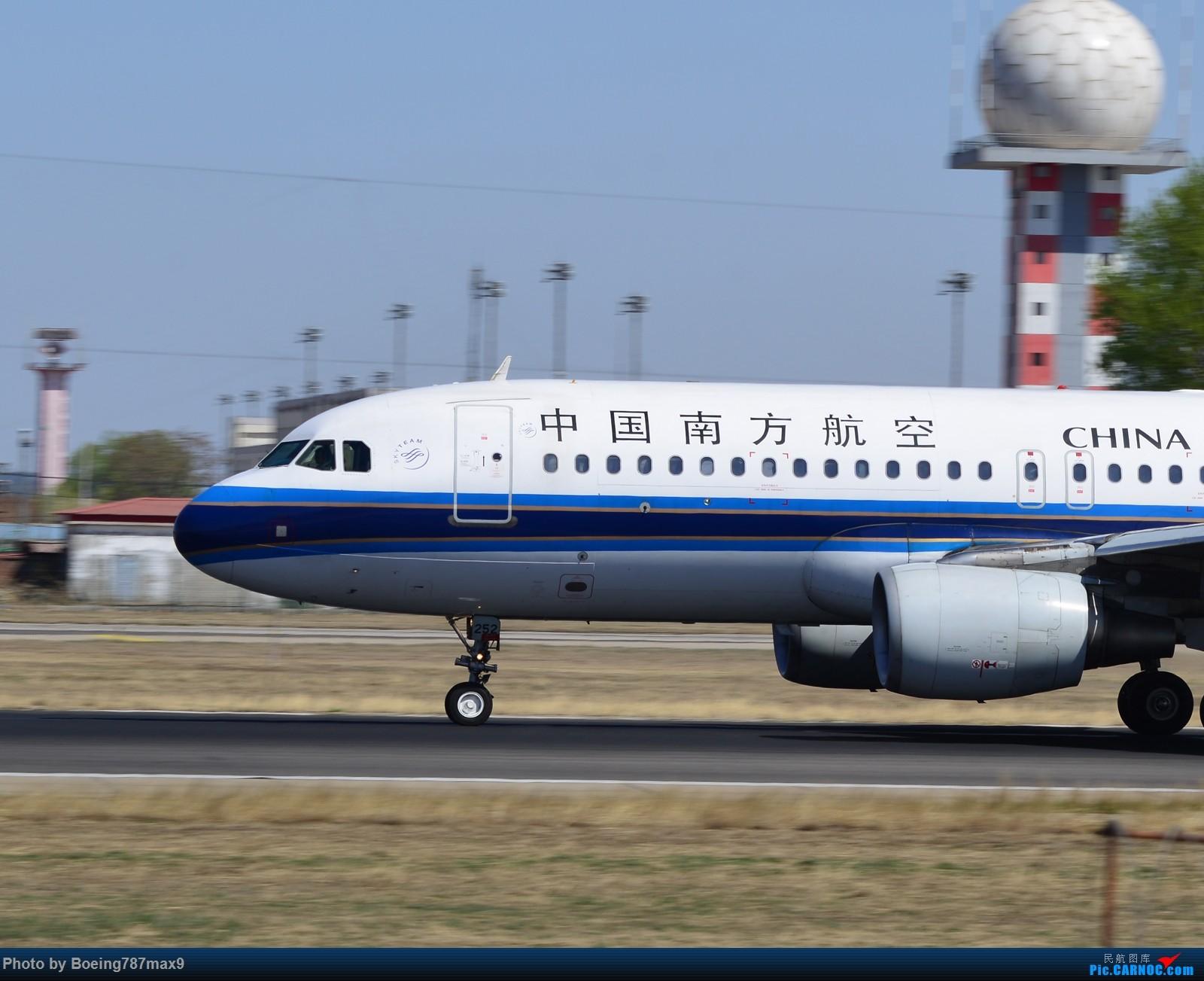 Re:[原创]【PEK】第一次去西跑,发几张大头【1600*高清大图】 AIRBUS A320-200 B-6252 中国北京首都国际机场