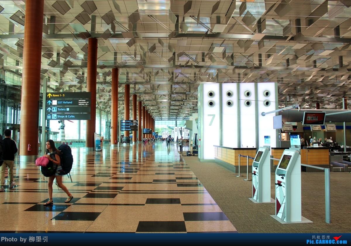 Re:【周末飞去雅加达】印尼狮航 739ER SIN-CGK-SIN 难得碰到与空姐面对面的位!!!!!