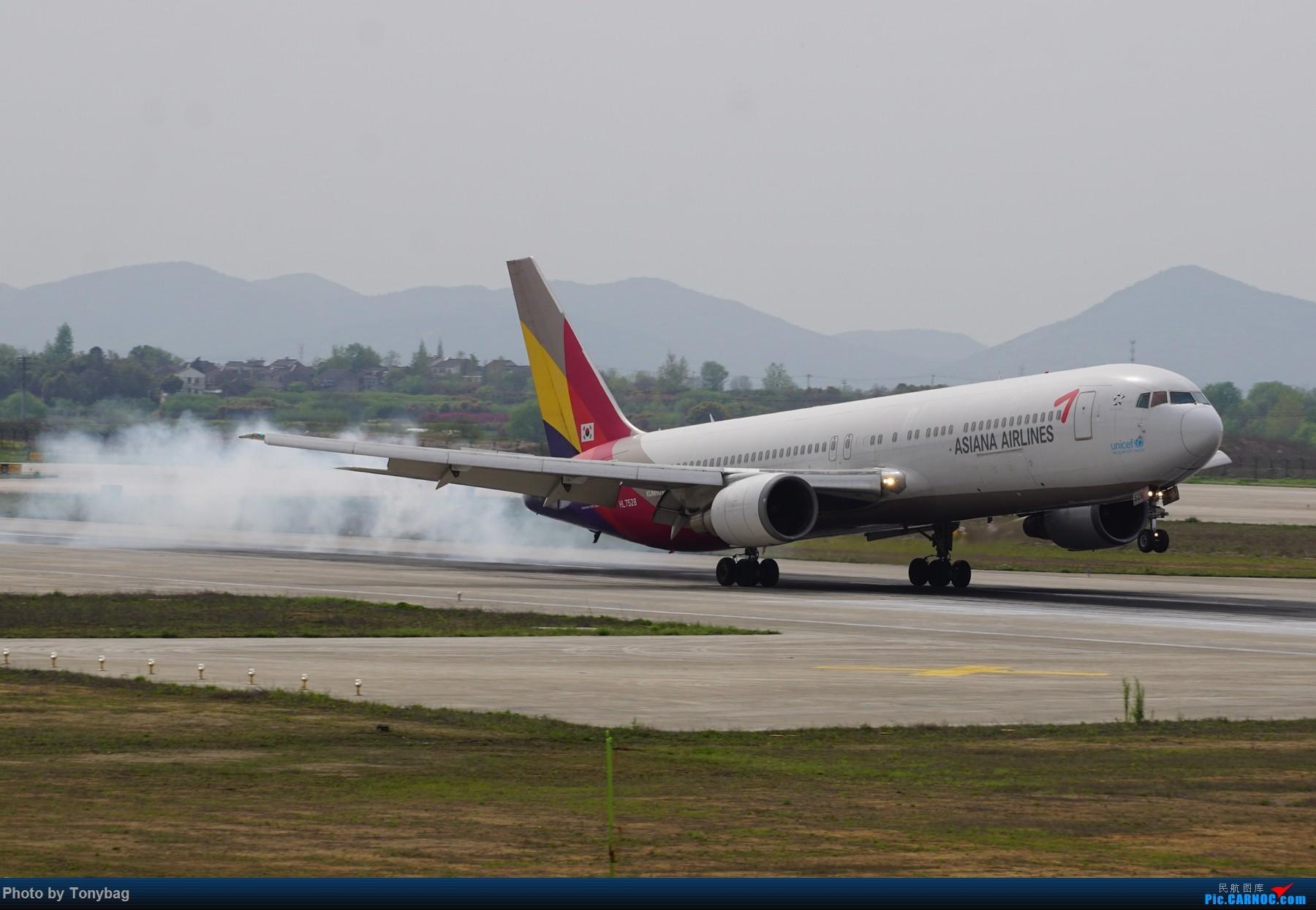 Re:【NKG】韩亚航空 Boeing 767-300 HL7528 BOEING 767-300 HL7528 中国南京禄口国际机场